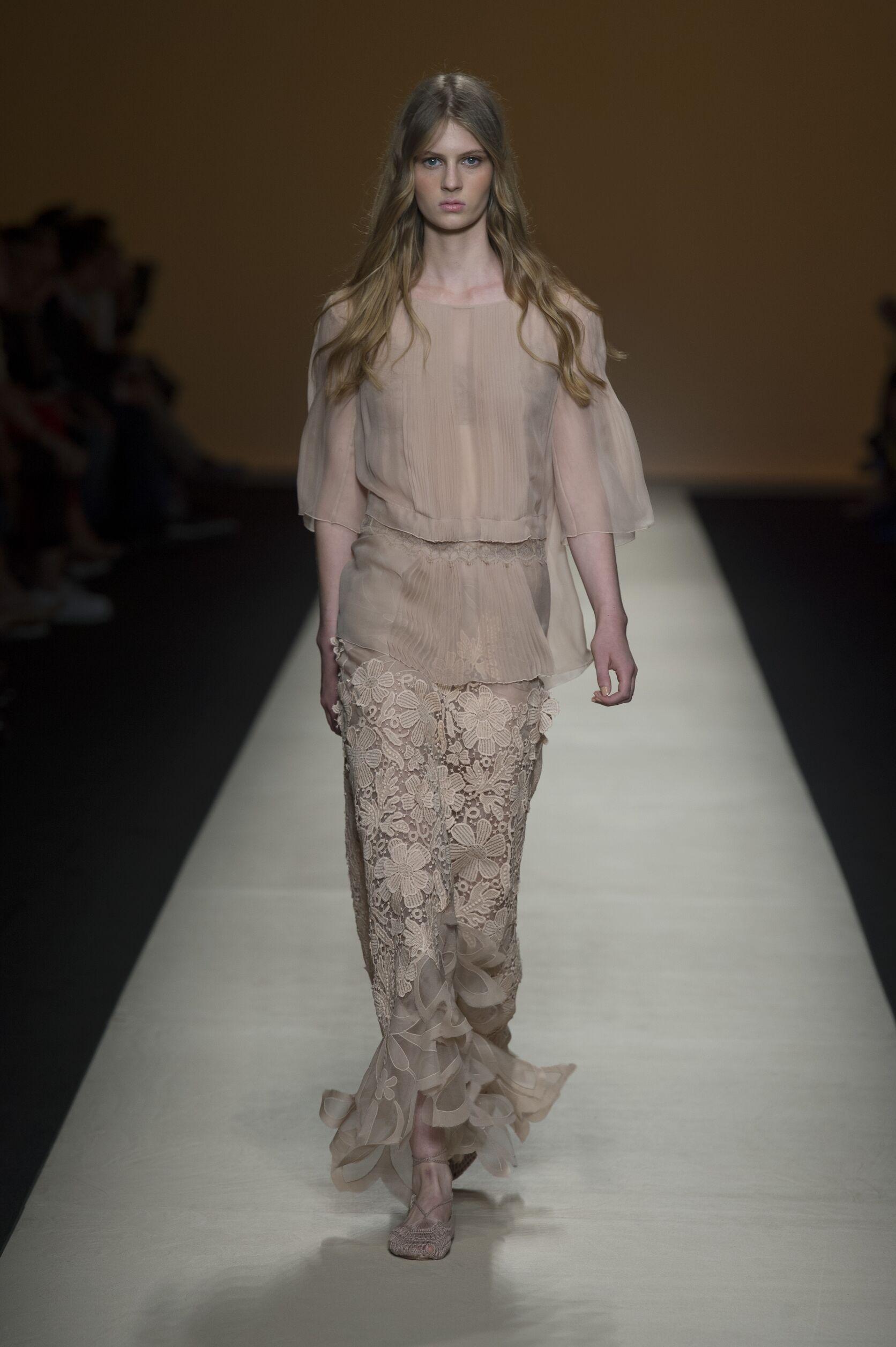 Spring 2015 Woman Fashion Show Alberta Ferretti