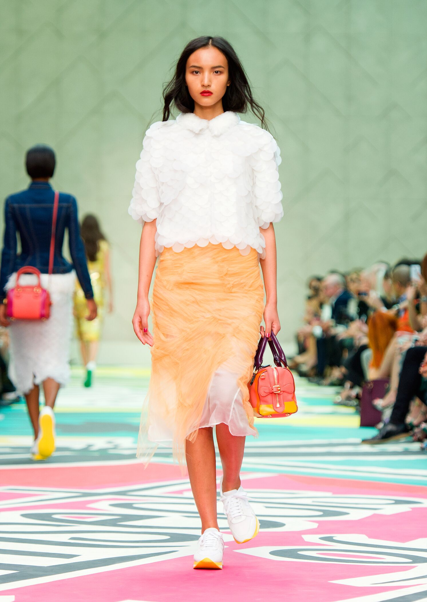 Spring 2015 Woman Fashion Show Burberry Prorsum