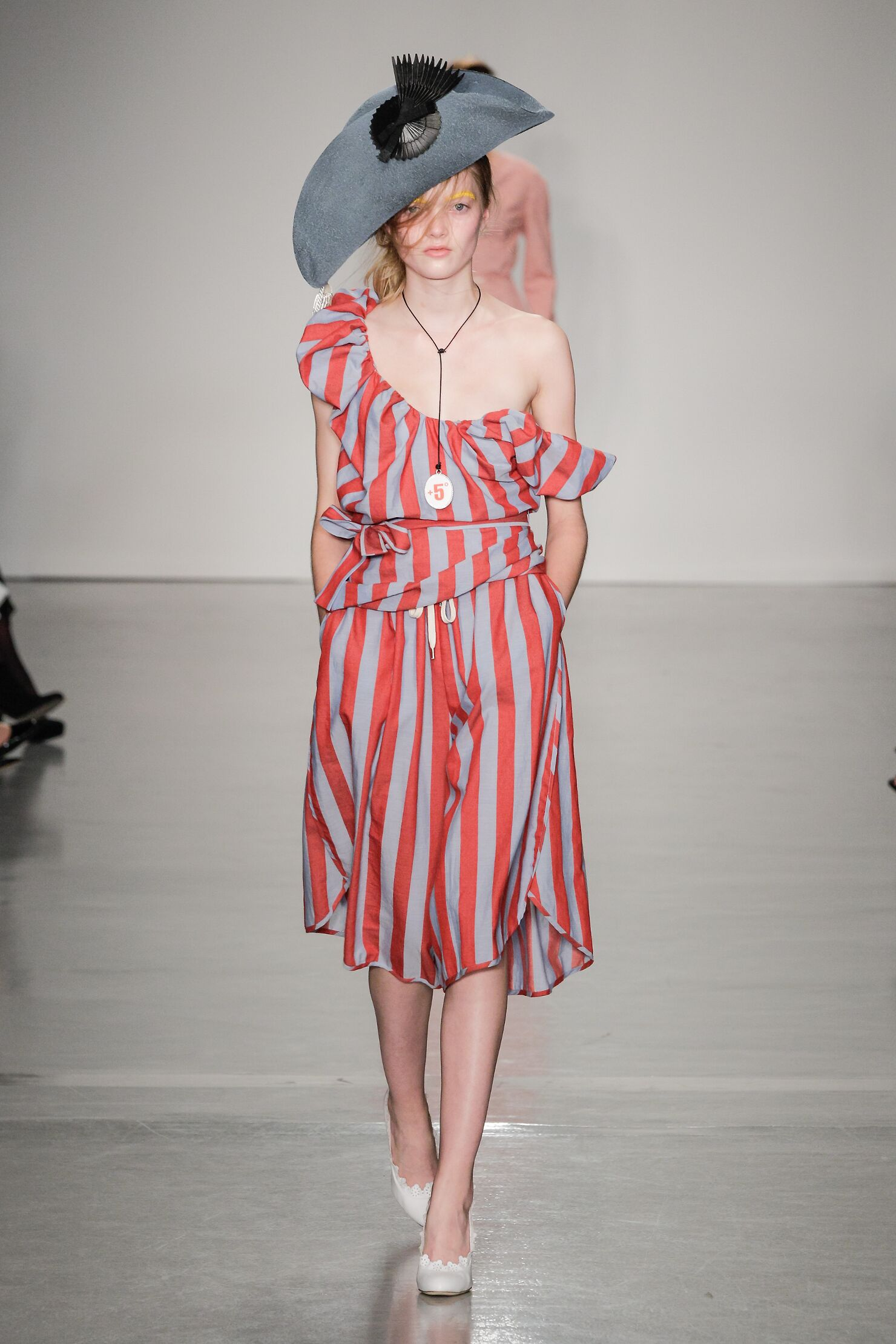 Spring Fashion 2015 Vivienne Westwood Red Label