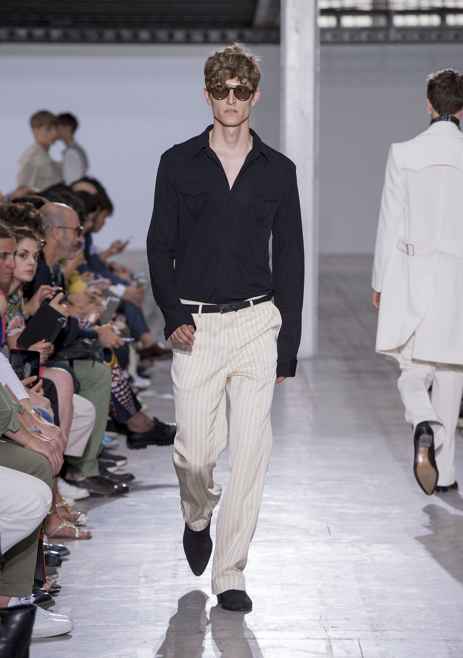 Spring Summer 2015 Fashion Model Costume National Homme
