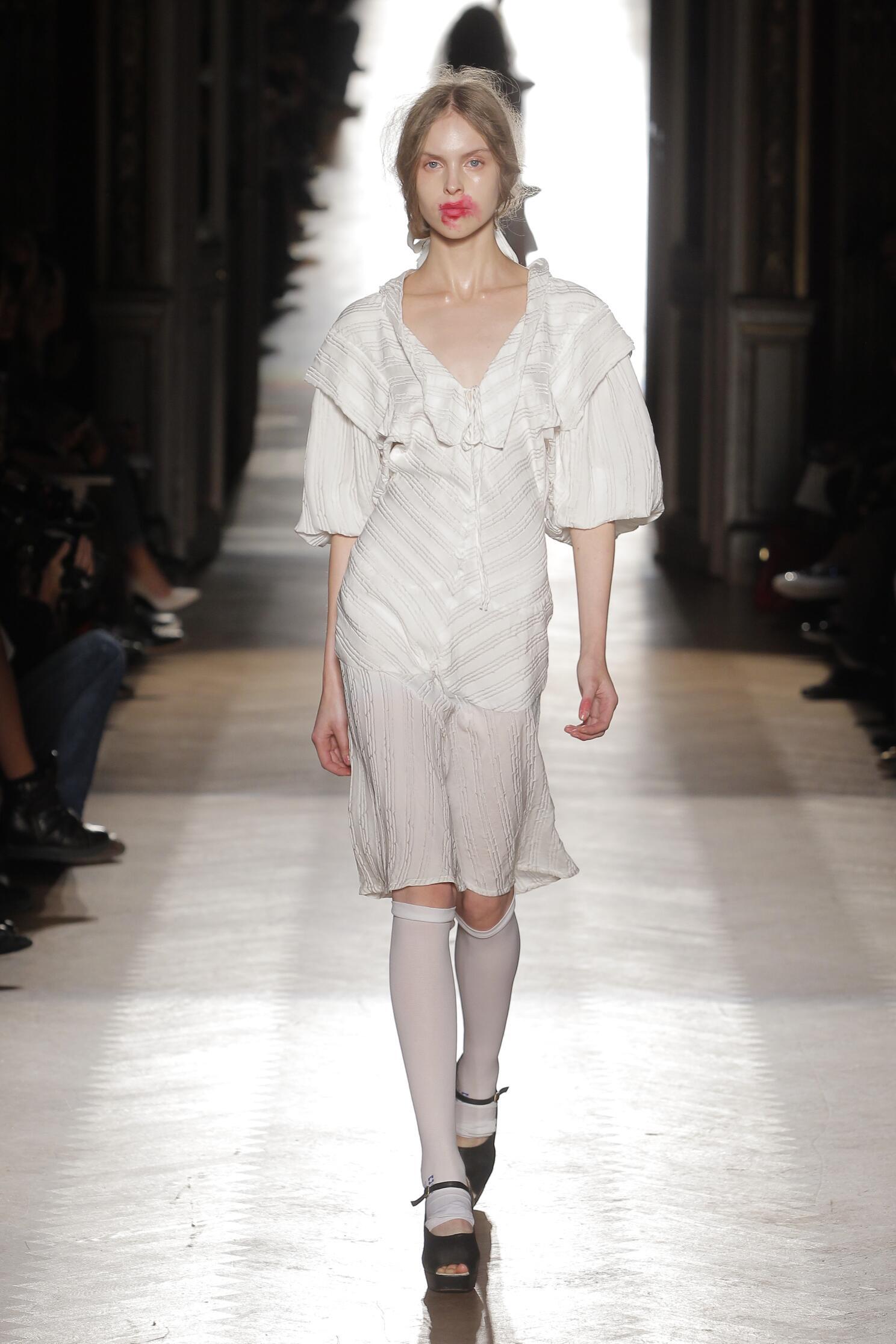Spring Summer 2015 Fashion Model Vivienne Westwood Gold Label