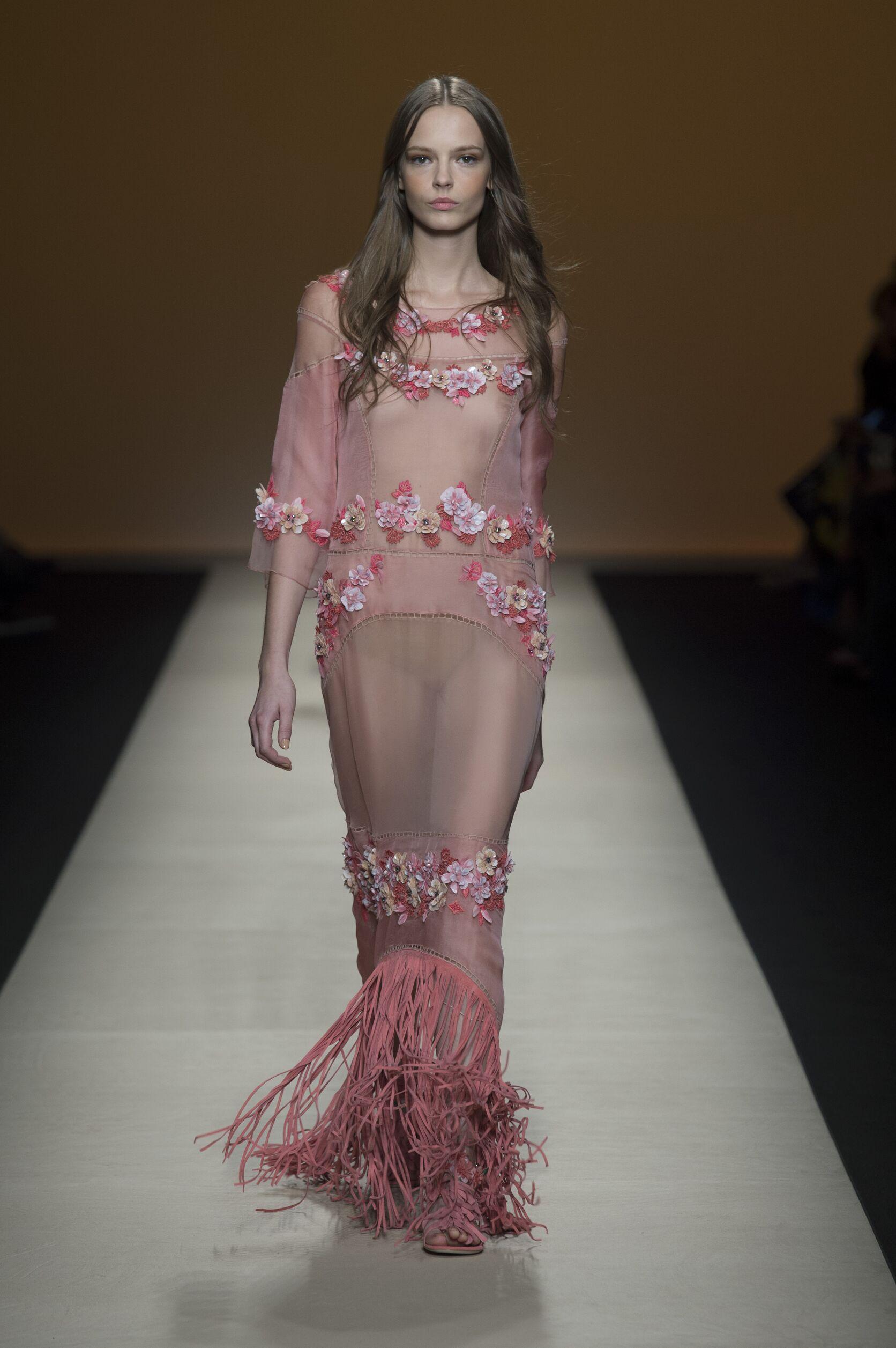 Spring Summer 2015 Woman Milan Alberta Ferretti Collection