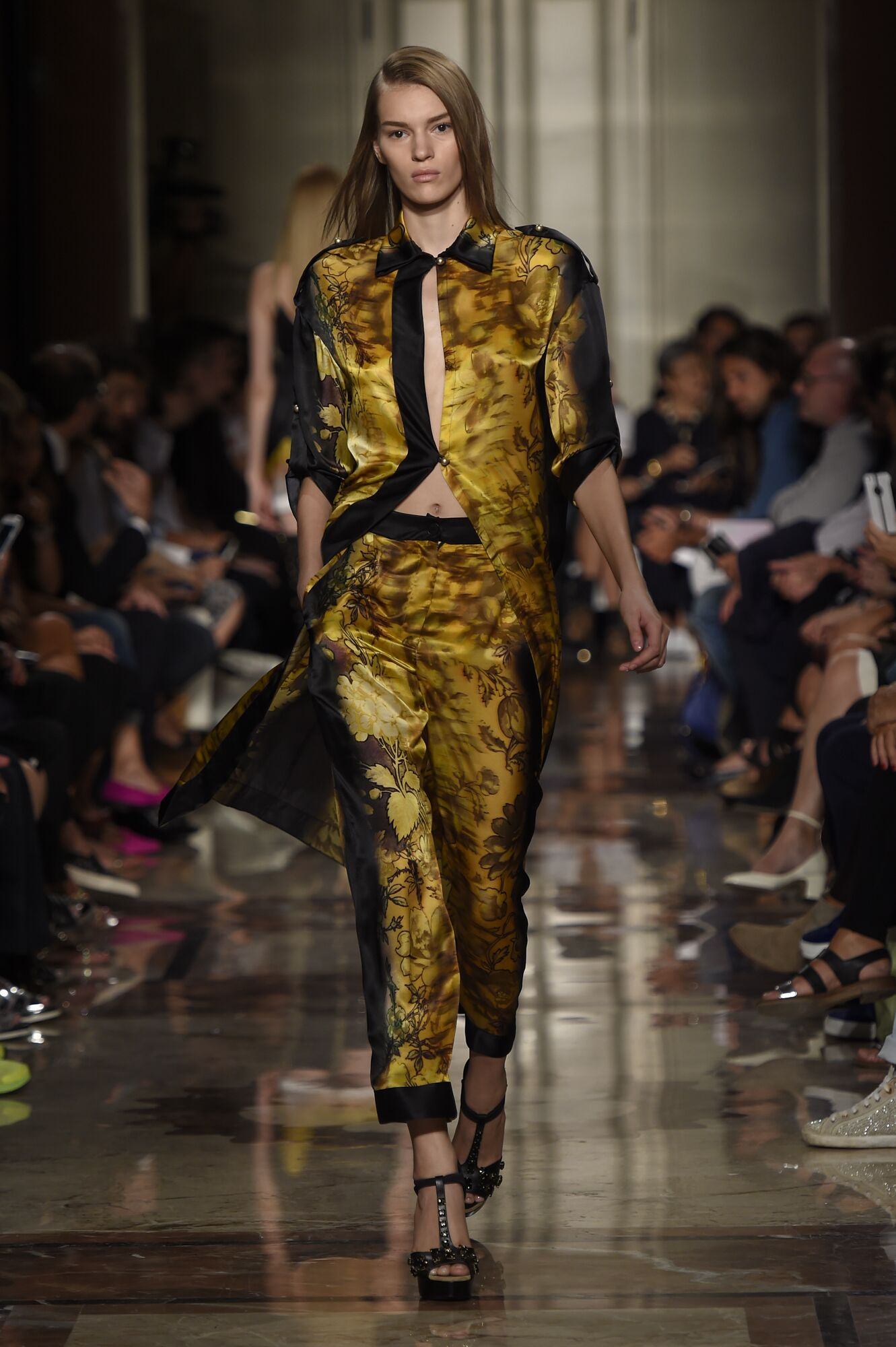 Spring Summer 2015 Woman Milan Andrea Incontri Collection
