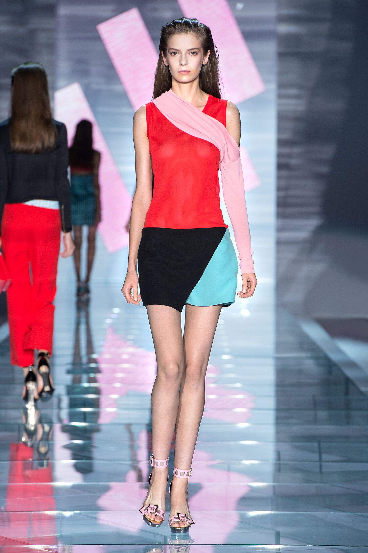 Spring Summer 2015 Woman Milan Versace Collection