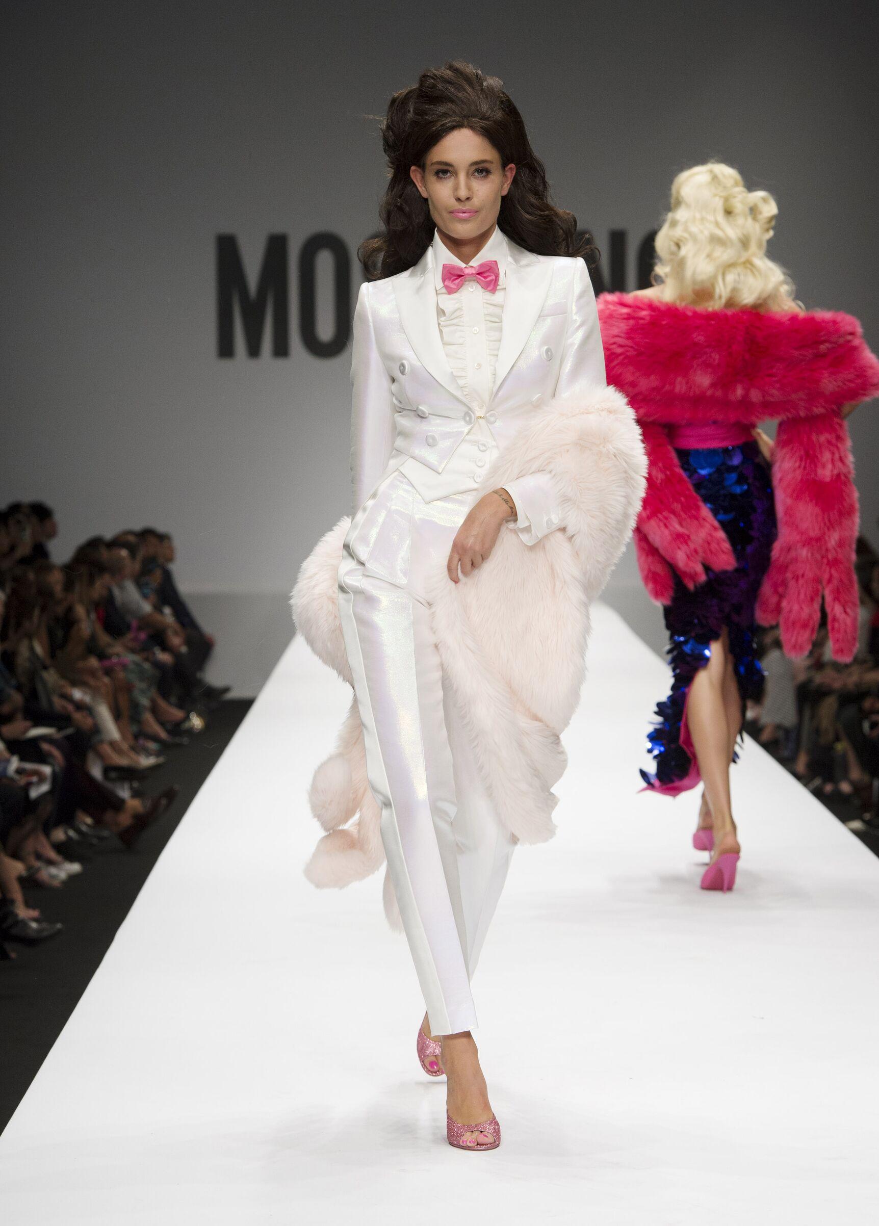 Summer 2015 Fashion Show Moschino