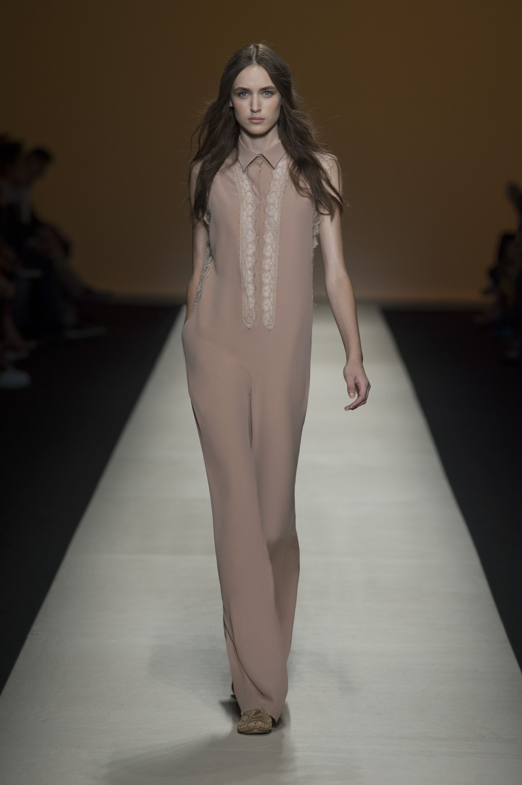 Summer 2015 Woman Trends Alberta Ferretti