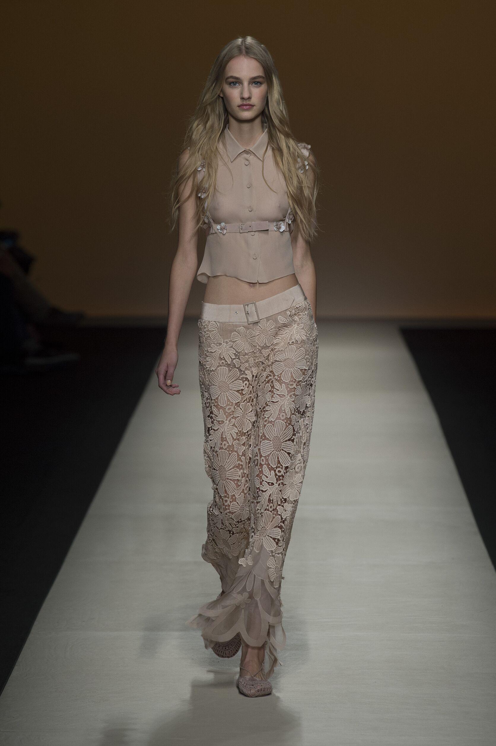Summer Alberta Ferretti Trends 2015 Woman
