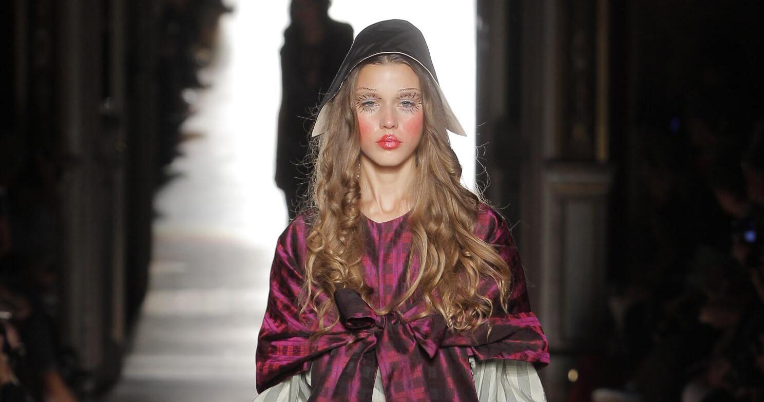 Vivienne Westwood Gold Label Woman Paris Fashion Week
