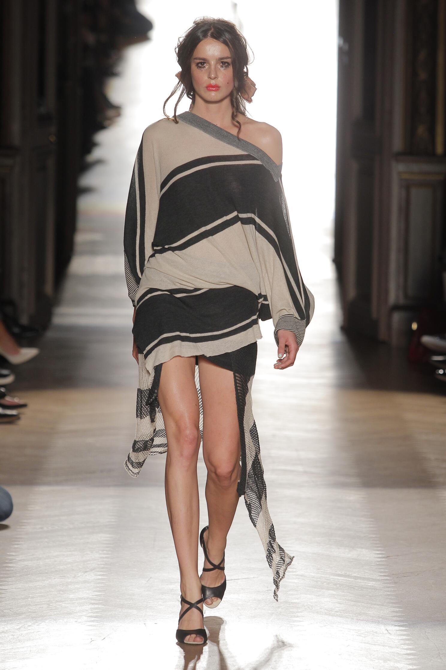 Womenswear Spring Summer Vivienne Westwood Gold Label 2015
