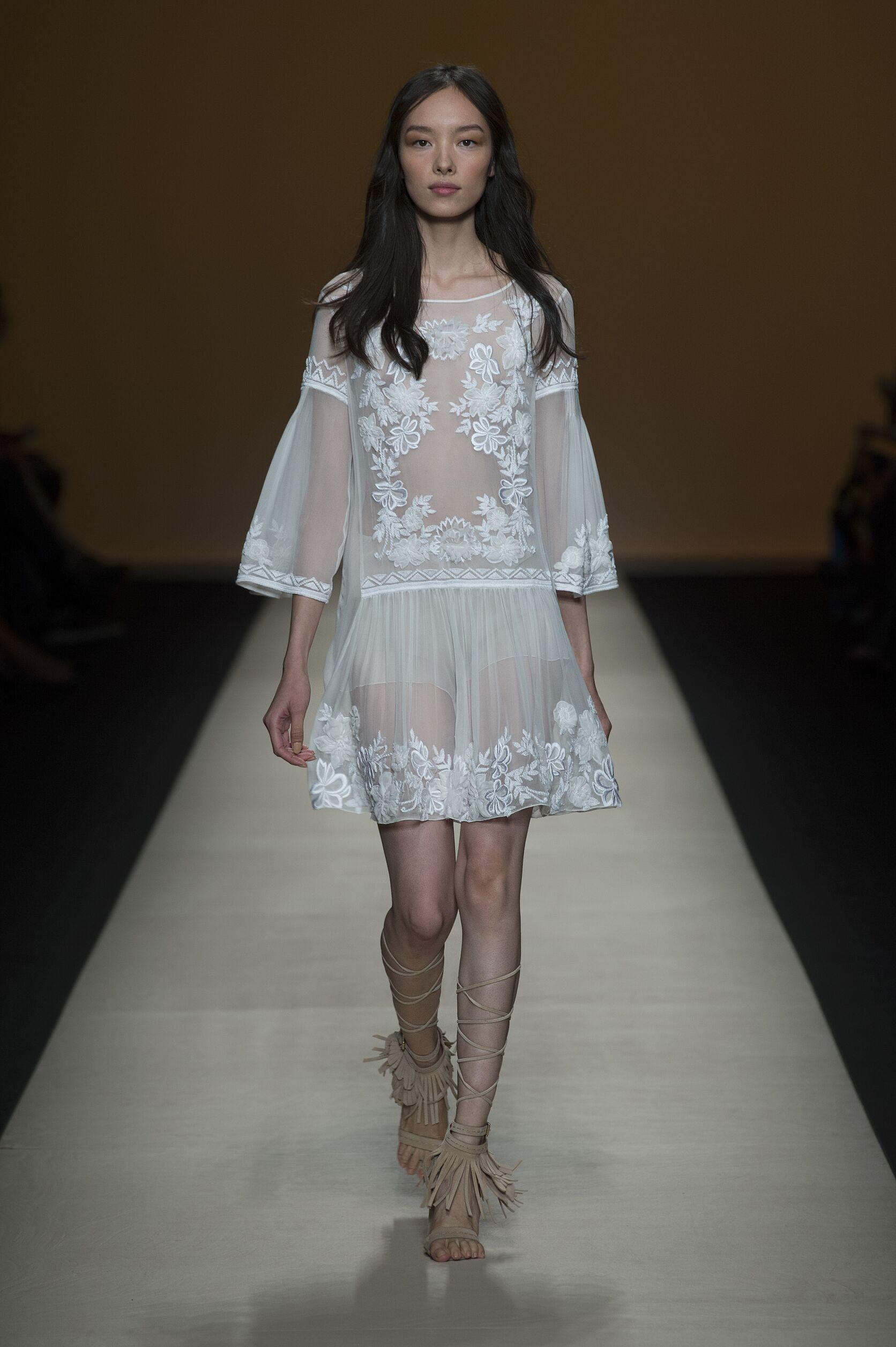 Womenswear Summer Alberta Ferretti 2015