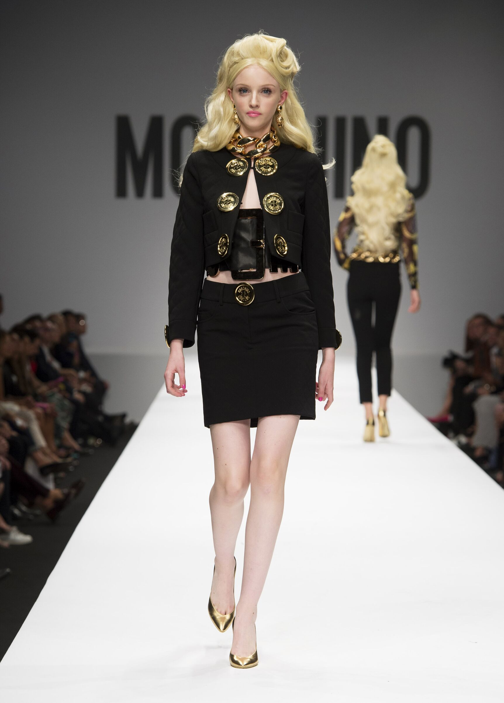 Womenswear Summer Moschino 2015