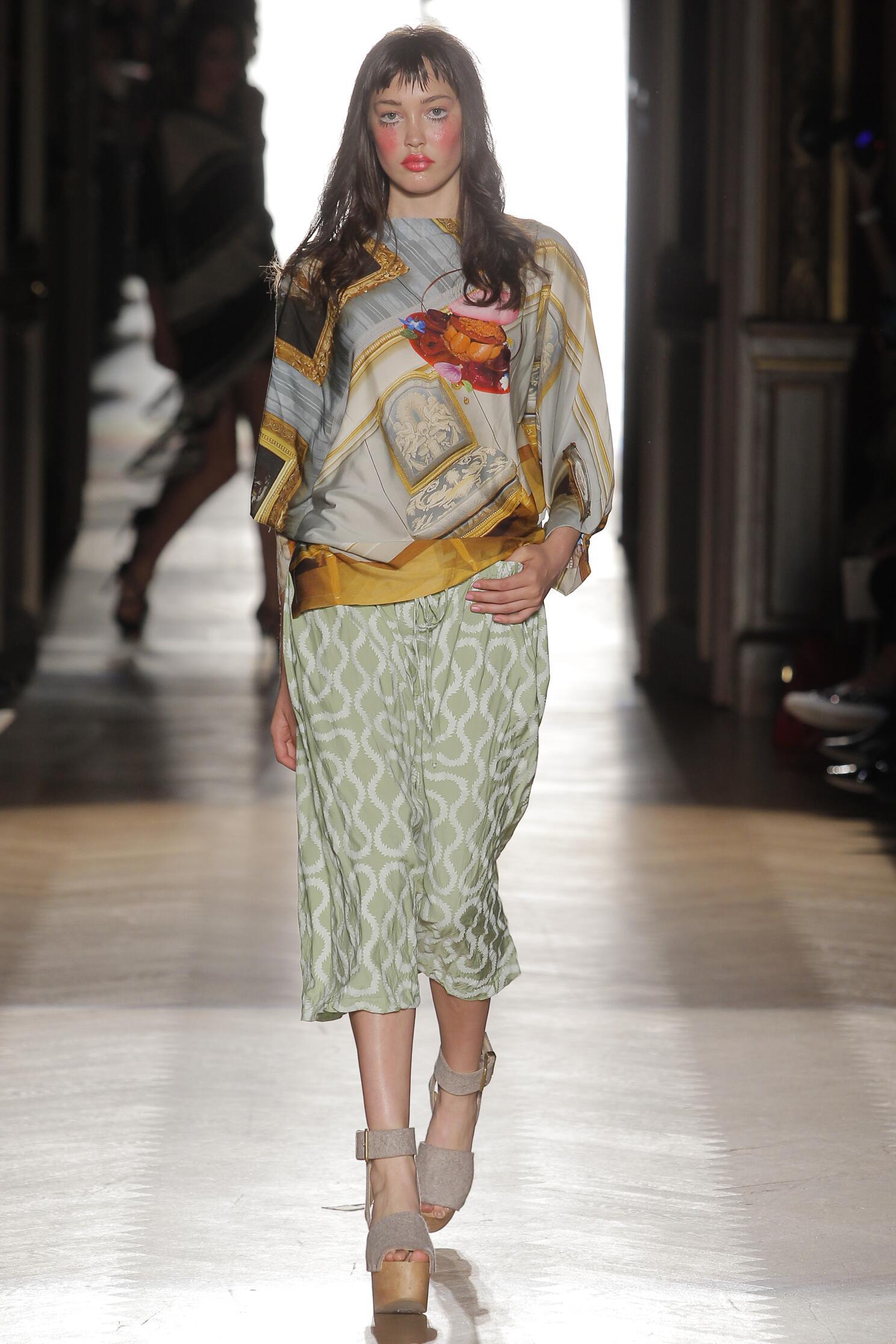 Womenswear Summer Vivienne Westwood Gold Label 2015