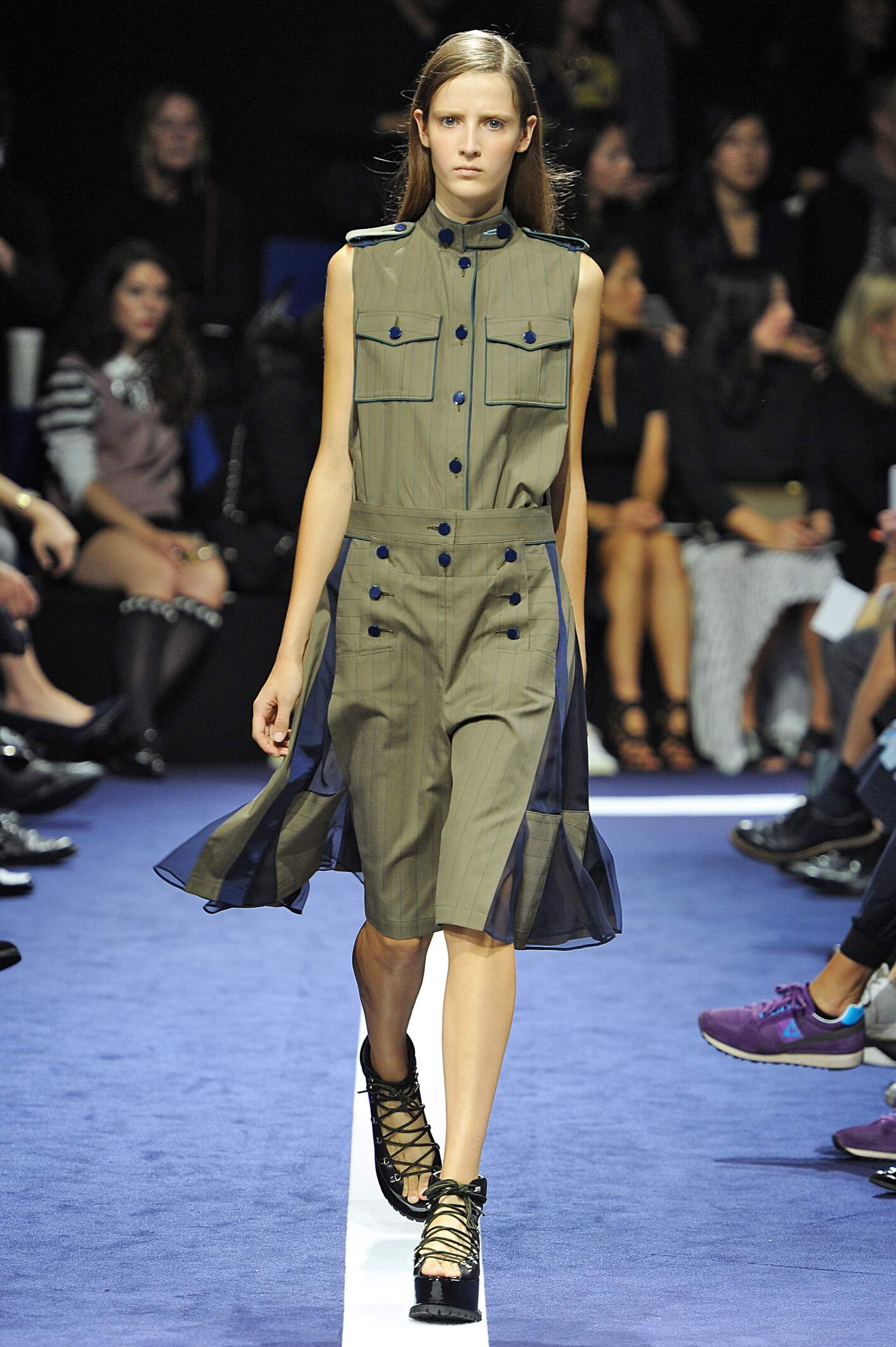 2015 Catwalk Sacai Woman Fashion Show Summer