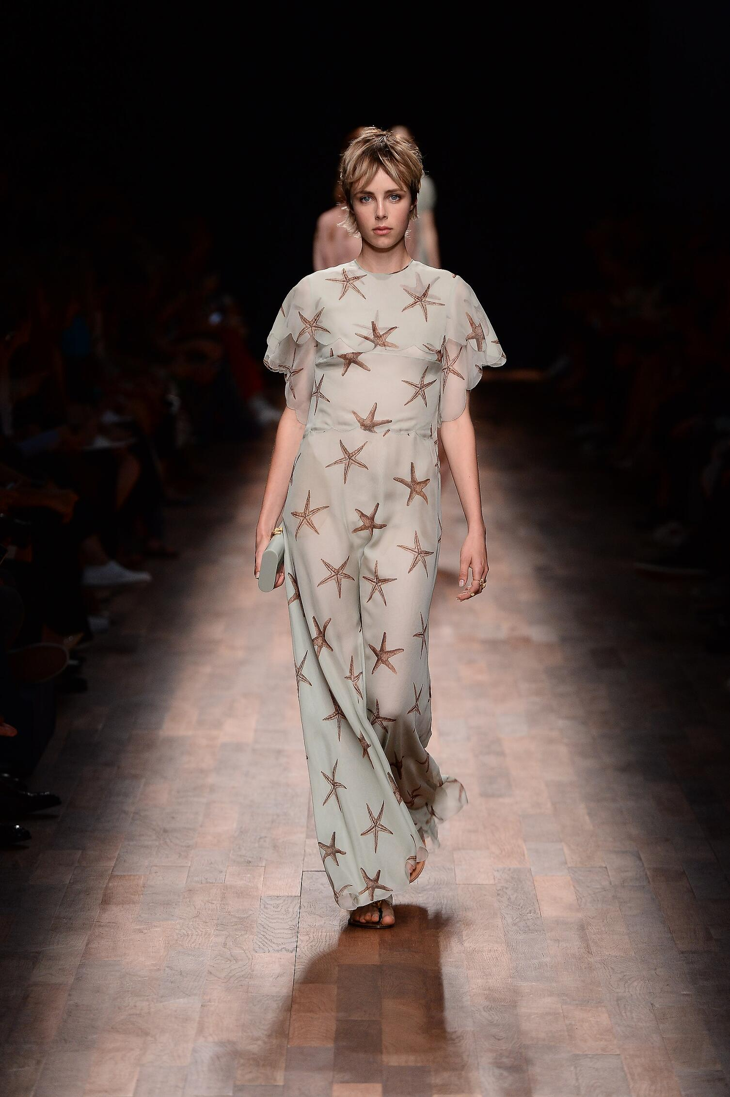 2015 Valentino Catwalk Womenswear Paris