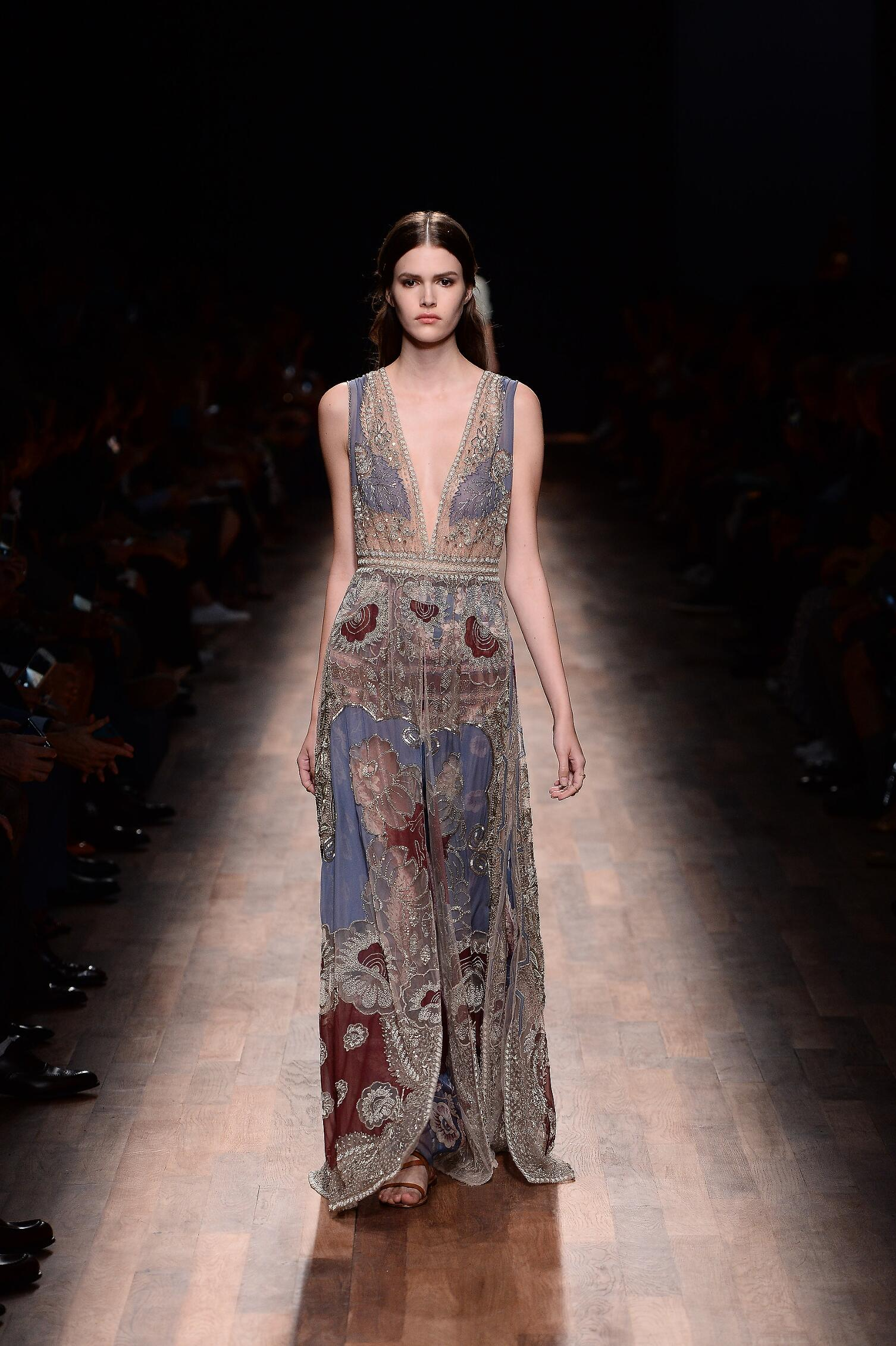 2015 Valentino Spring Catwalk Womenswear Paris