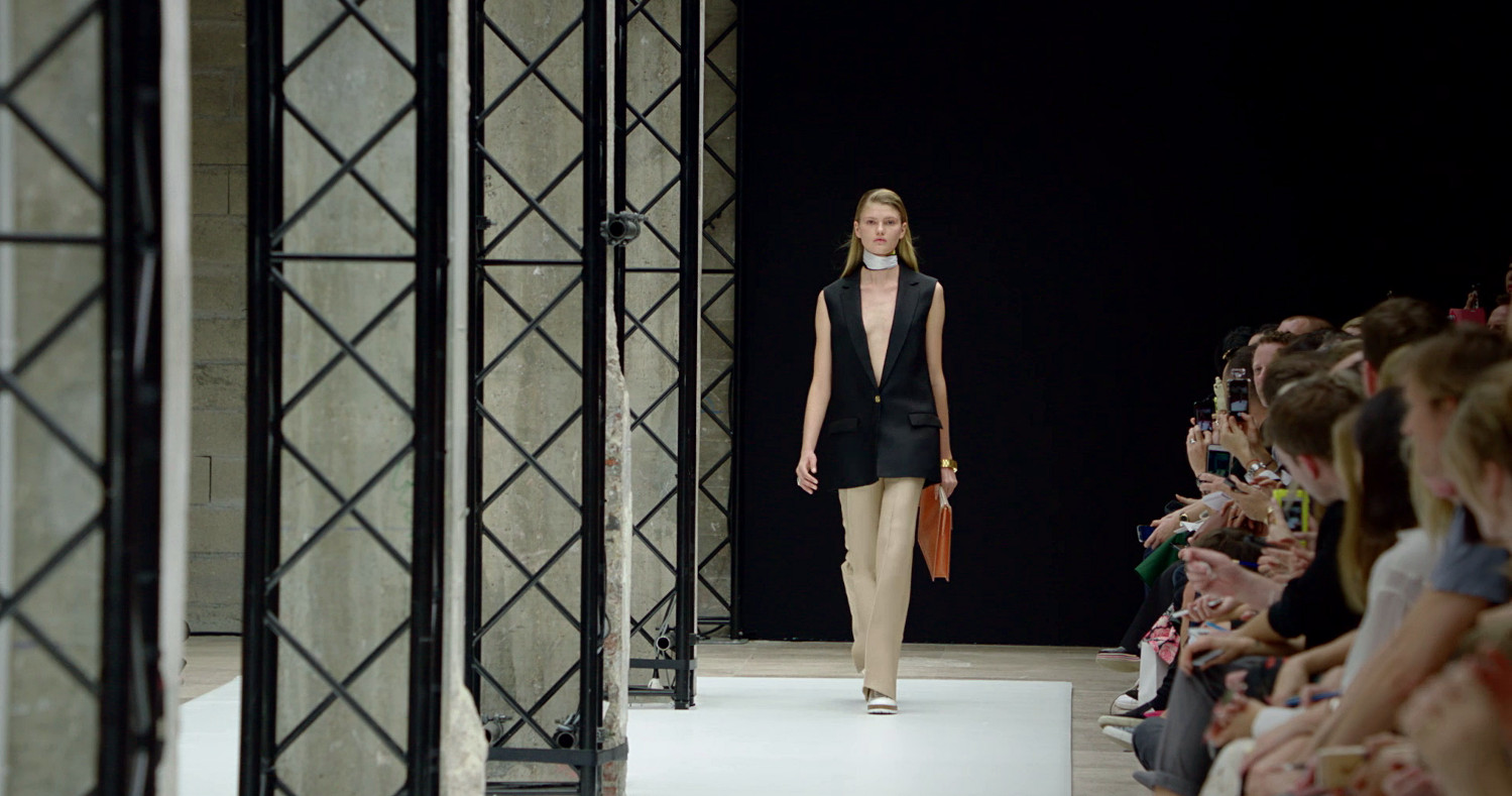 Acne Studios Spring Summer 2015 Women's Fashion Show - Paris Fashion Week