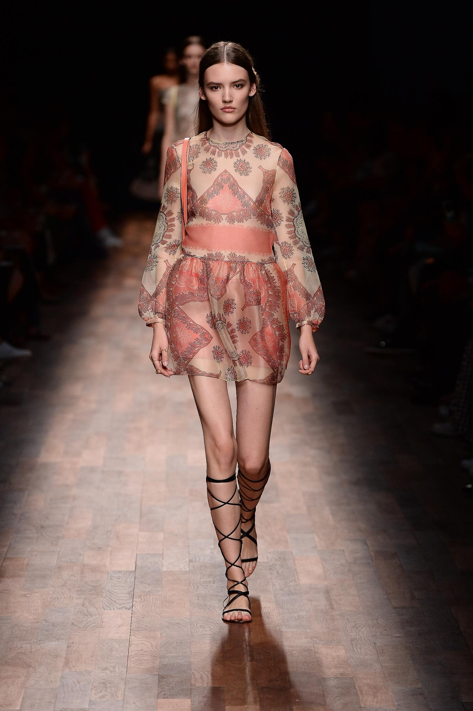 Catwalk Valentino Summer 2015 Paris