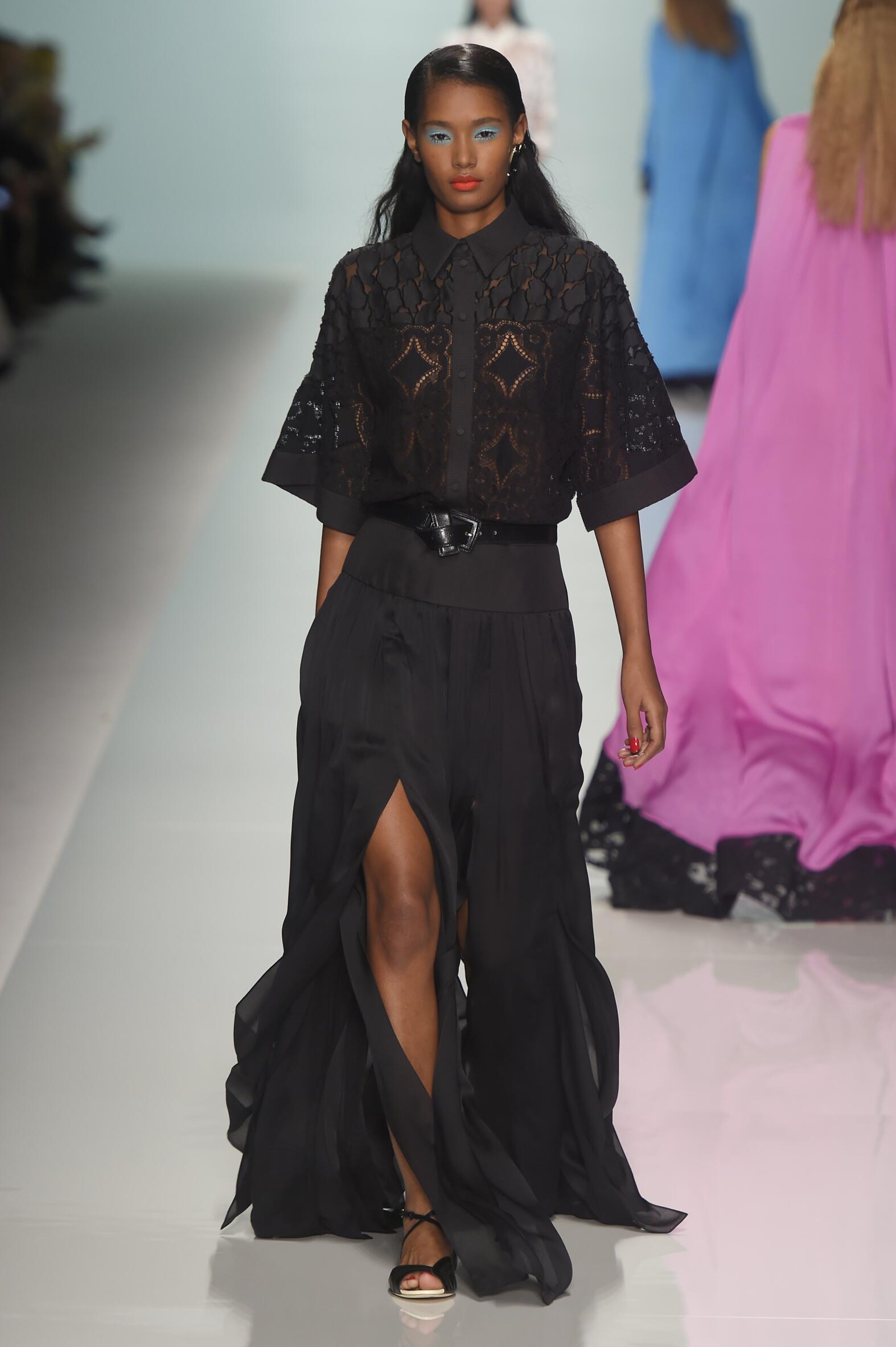Emanuel Ungaro Paris Fashion Week Womenswear