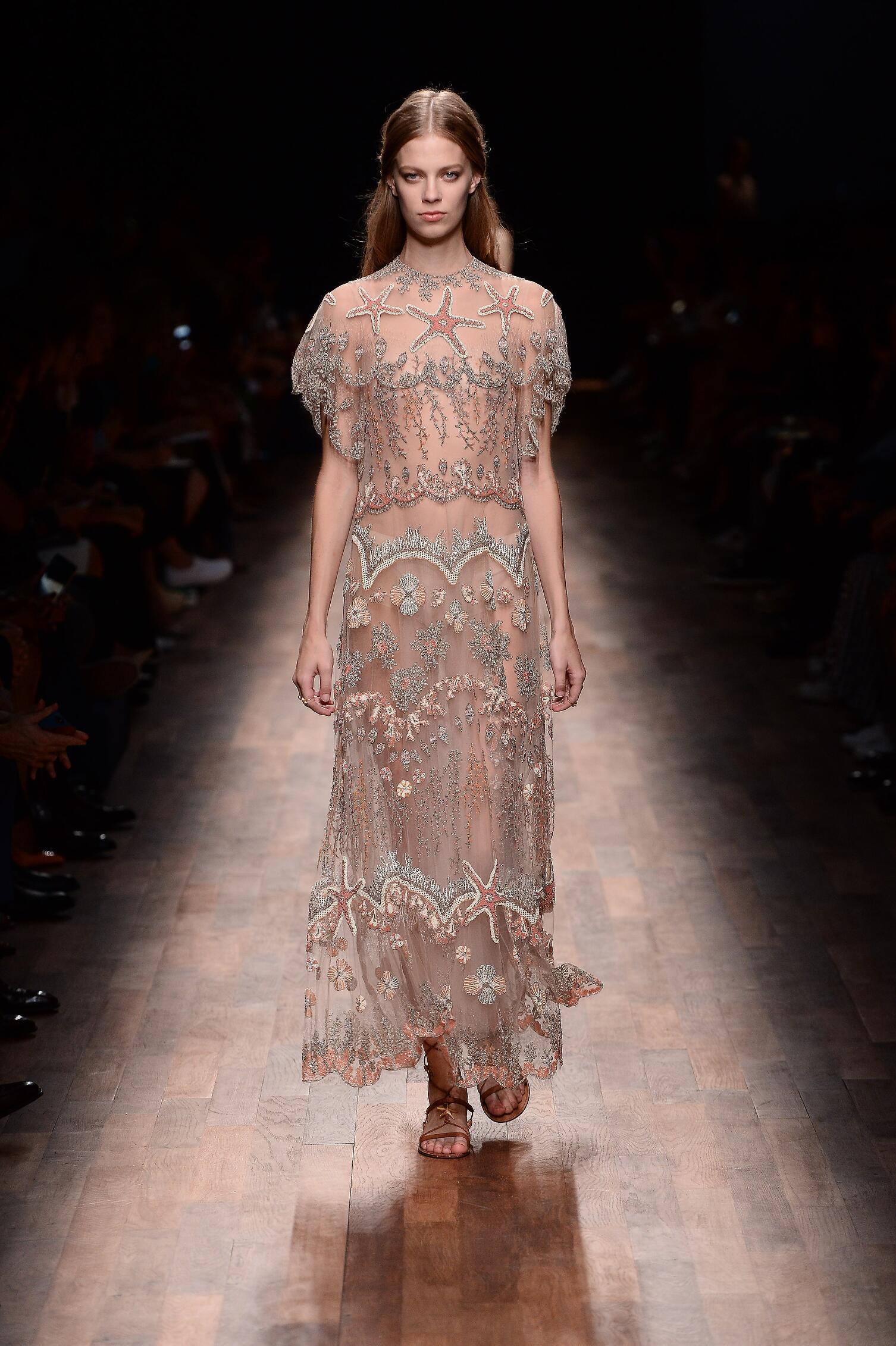 Fashion 2015 Catwalk Valentino Summer Womenswear Paris