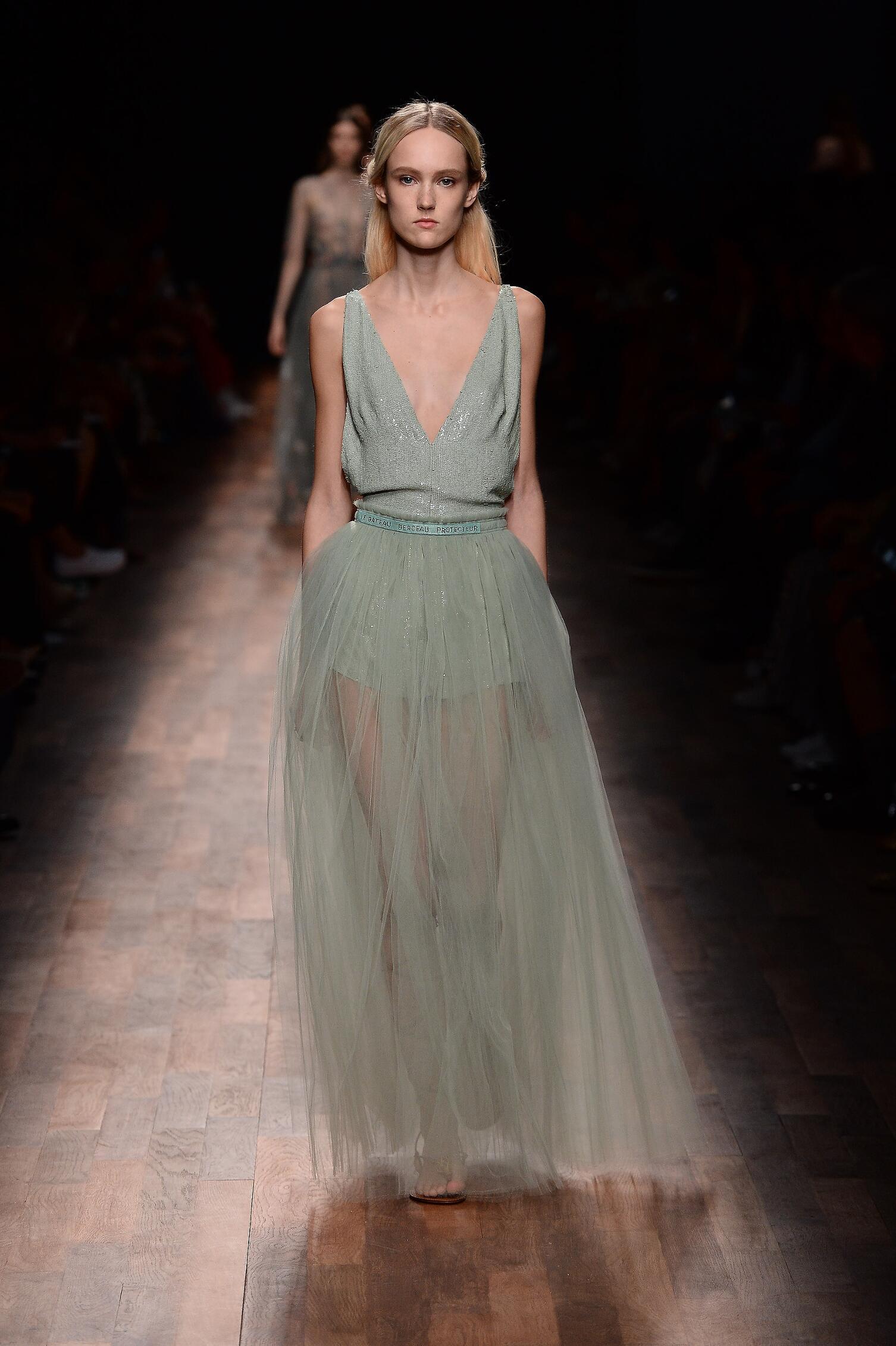 Fashion 2015 Catwalk Valentino Womenswear Paris
