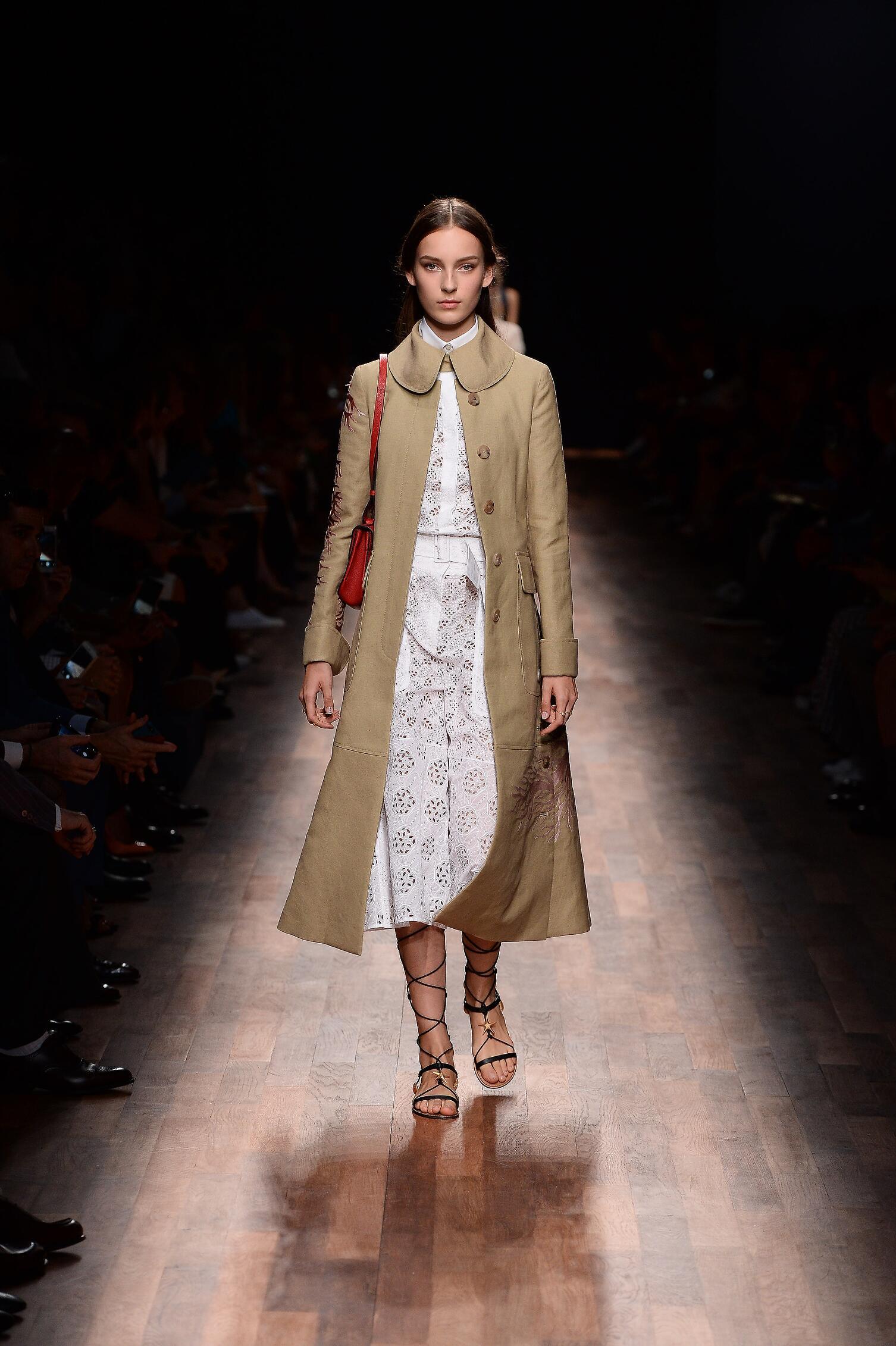 Fashion 2015 Woman Style Valentino