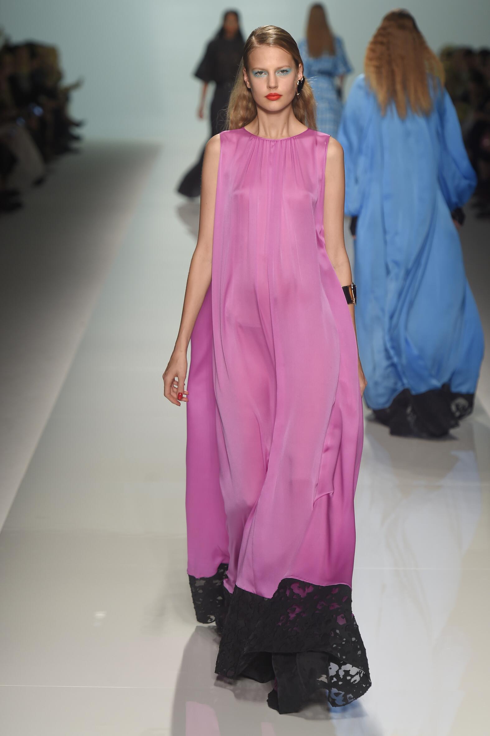 Fashion Woman Model Emanuel Ungaro Catwalk