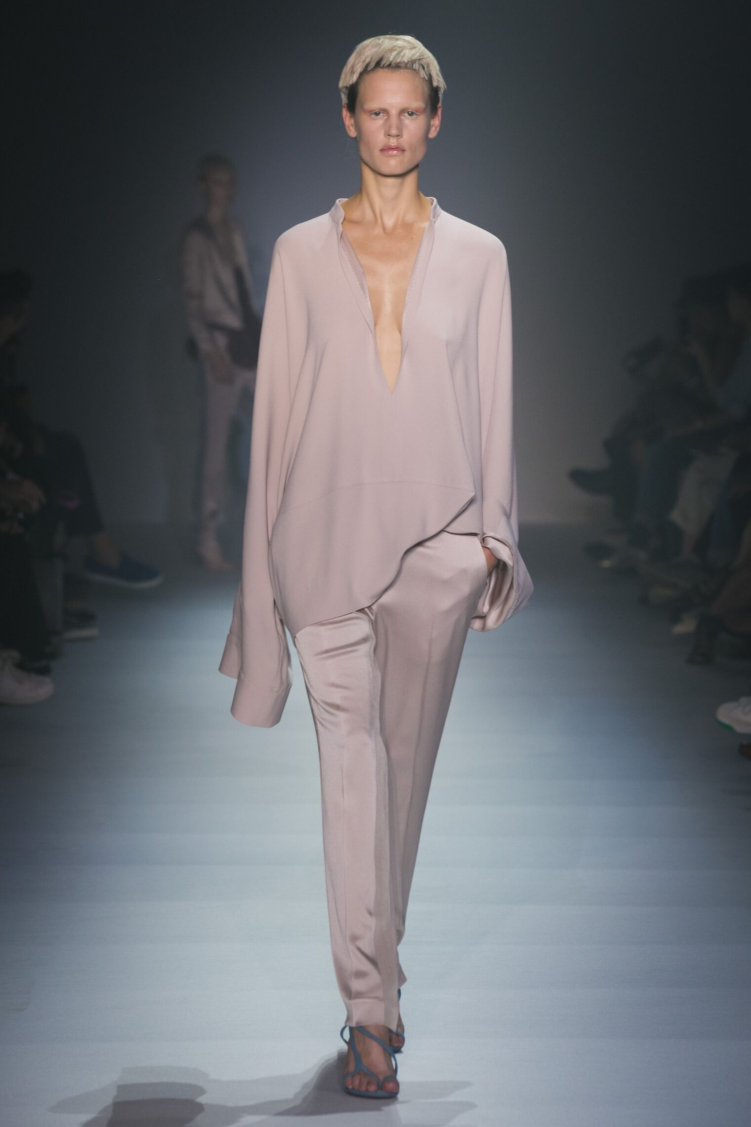 Haider Ackermann Summer 2015 Catwalk