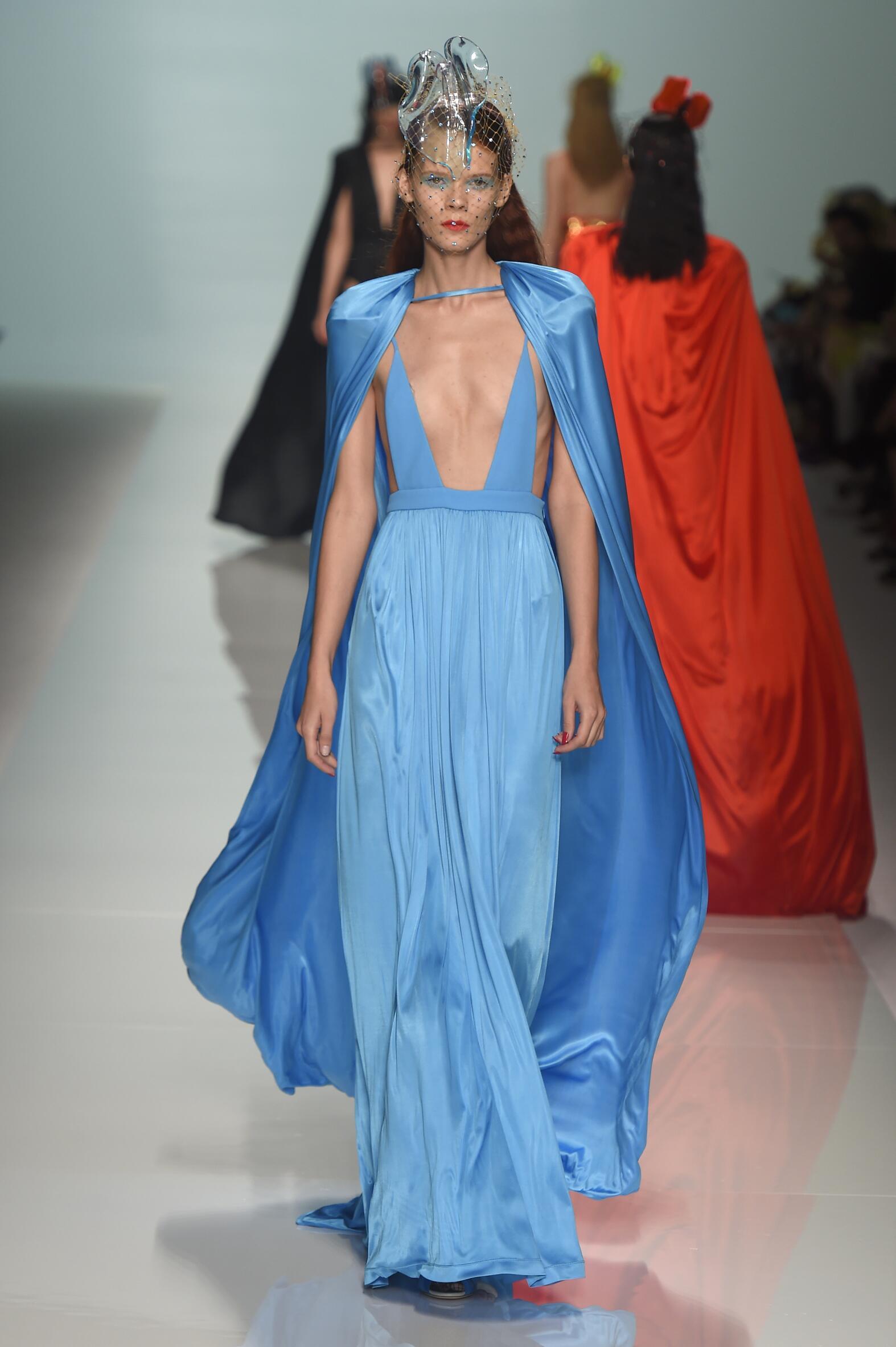 SS 2015 Emanuel Ungaro Fashion Show