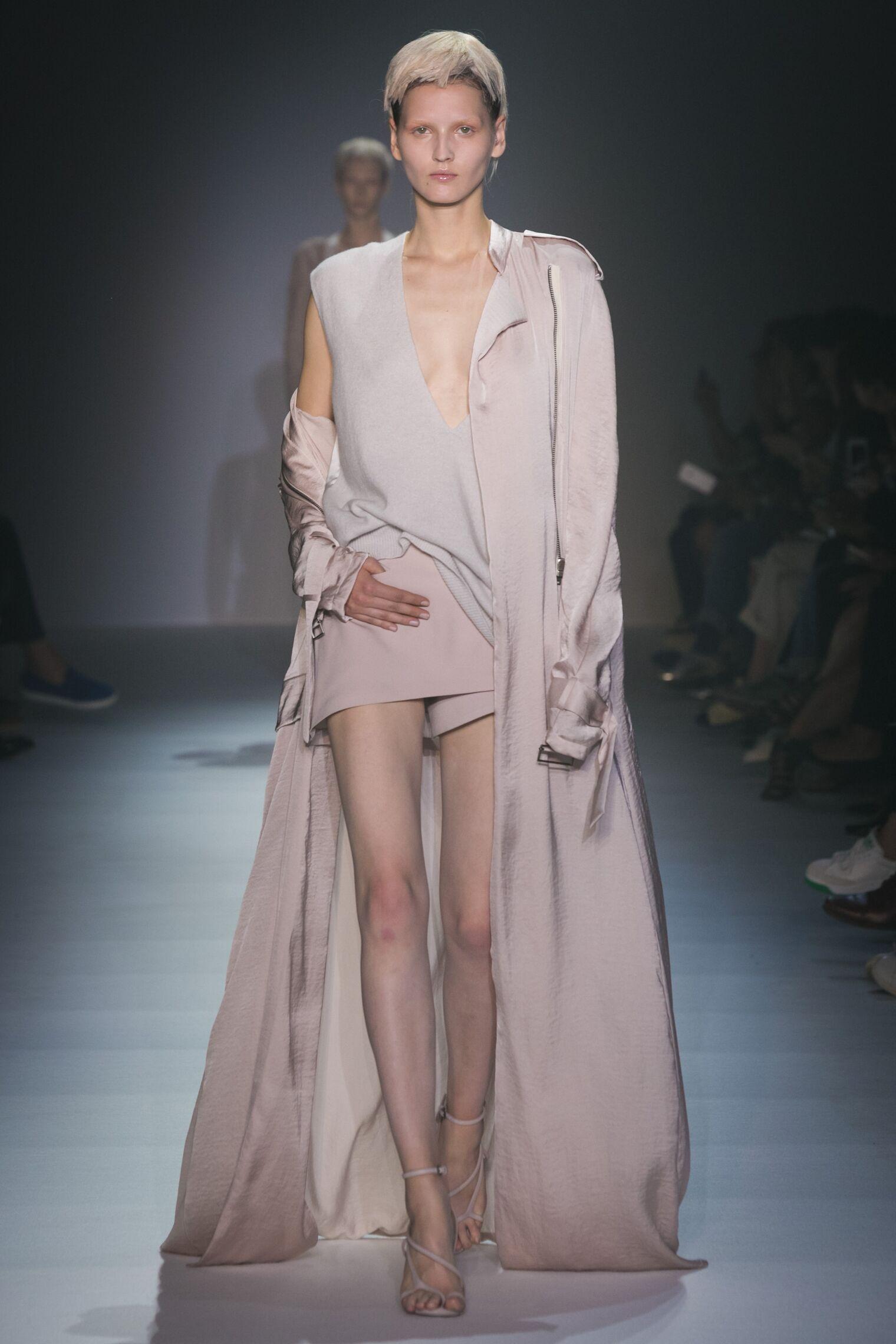 10s Women Fashion