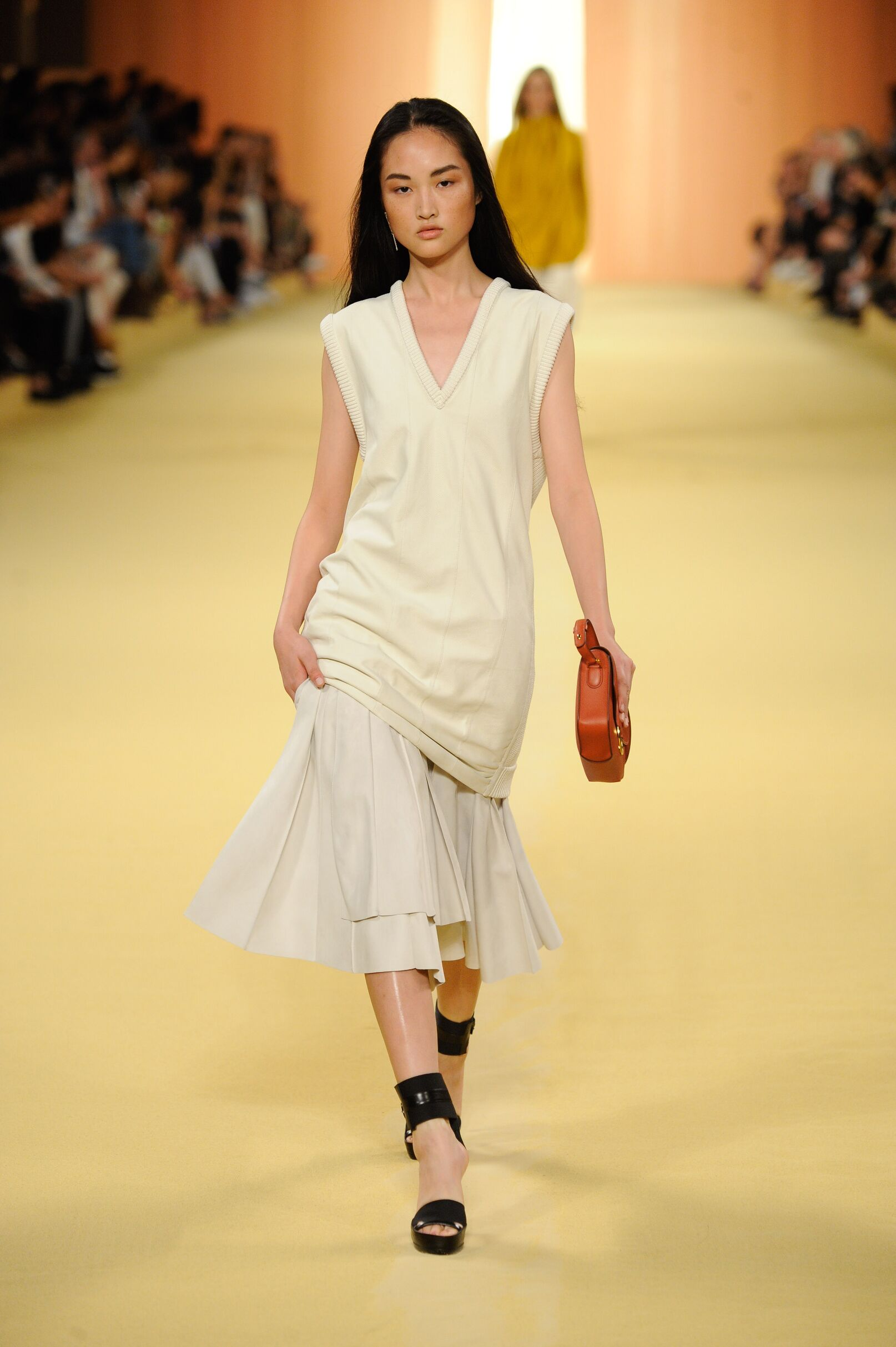 Spring 2015 Woman Fashion Show Hermès