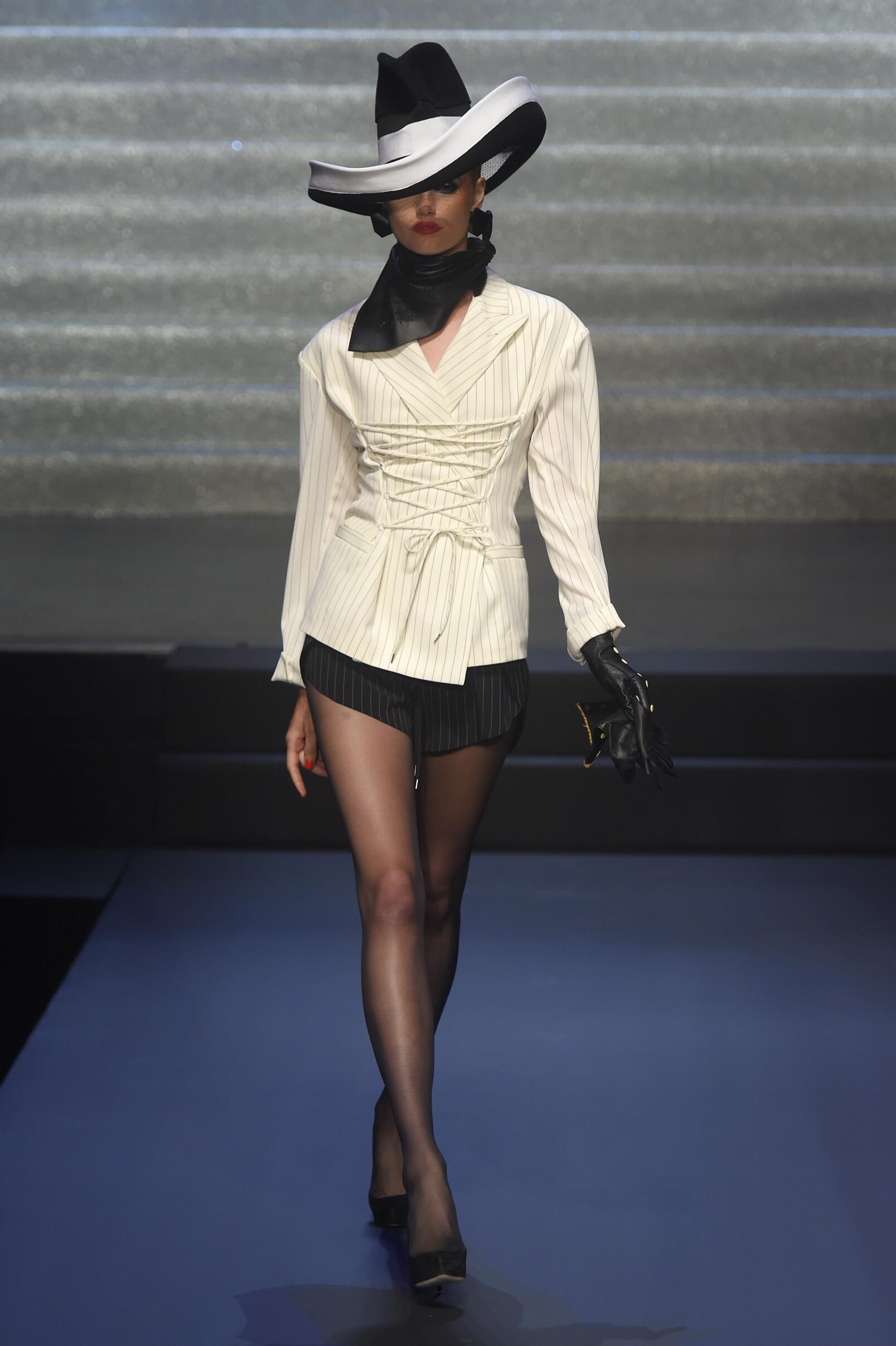 Spring 2015 Woman Fashion Show Jean Paul Gaultier