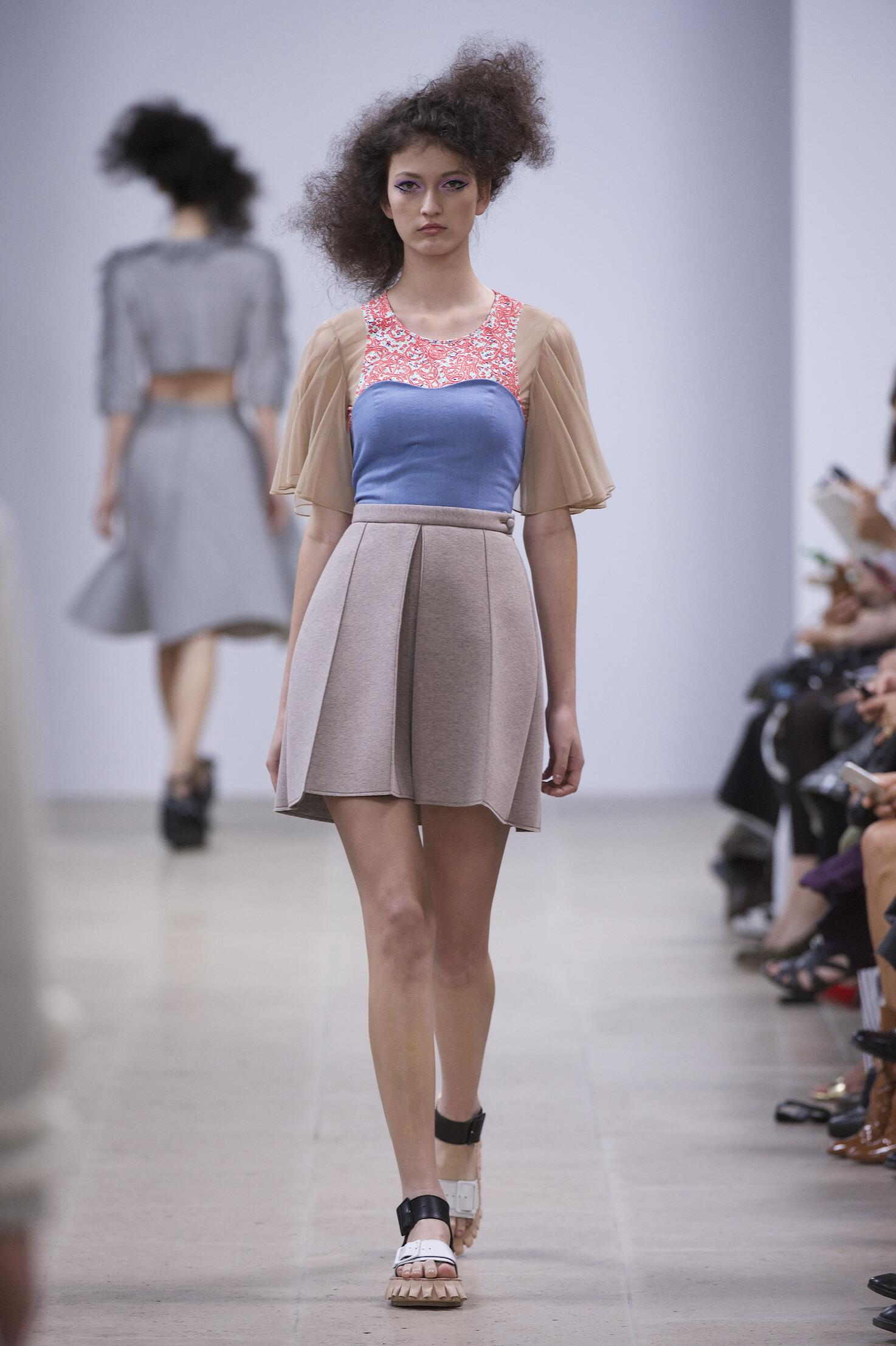 Spring 2015 Woman Fashion Show Julien David