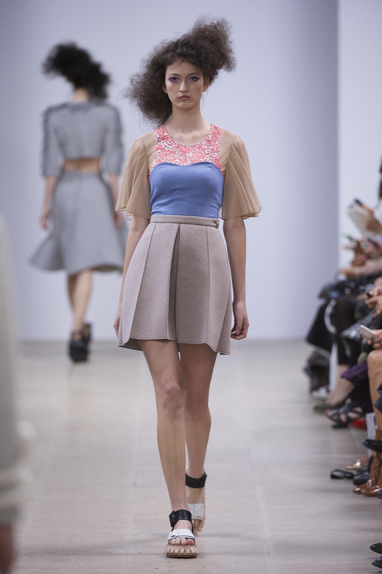 Spring 2015 Woman Fashion Show Julien David
