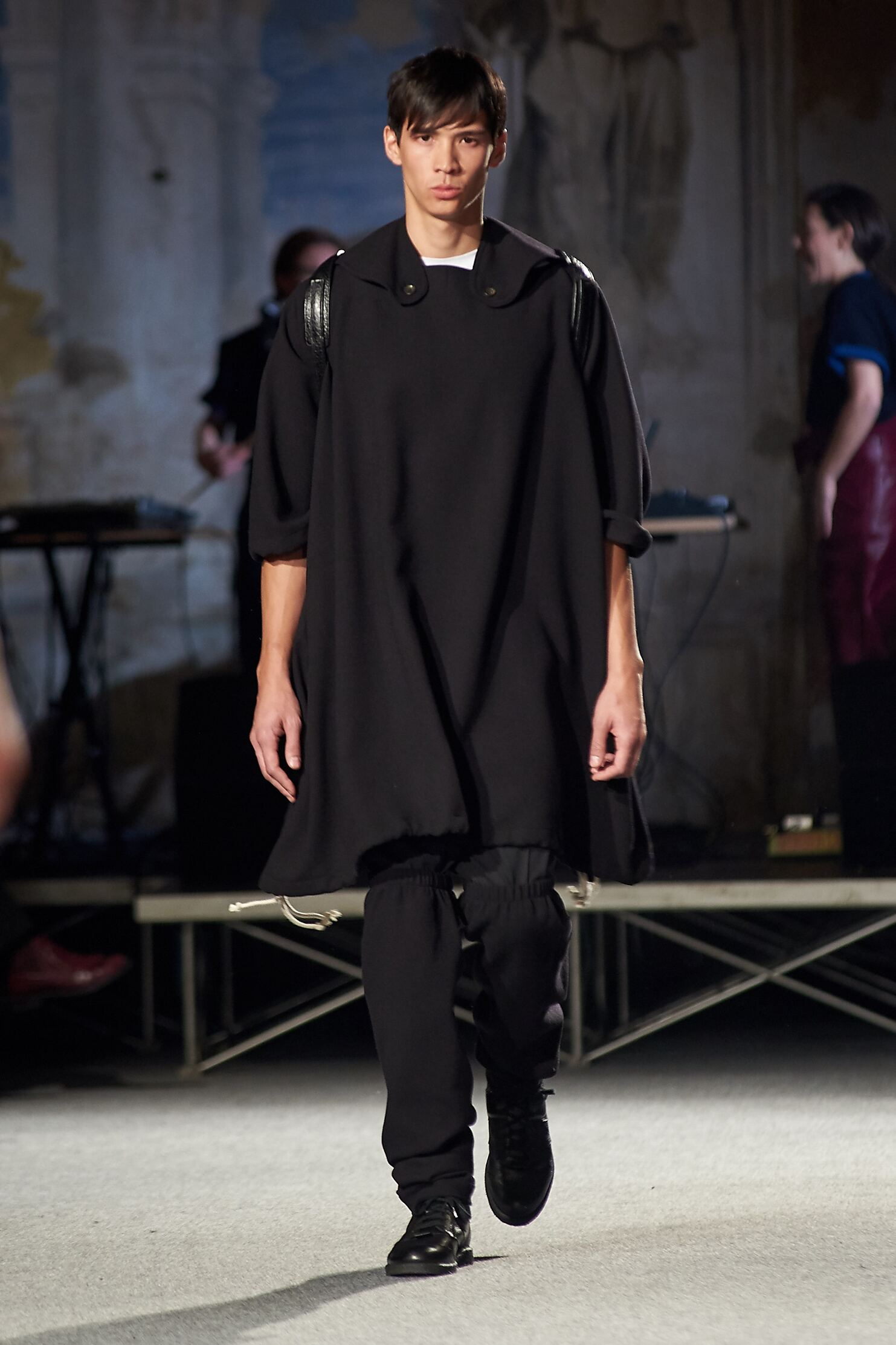 2015 Catwalk Andrea Incontri Man Fashion Show Winter