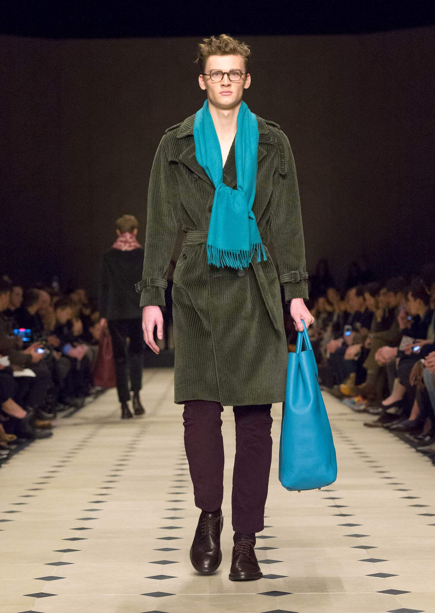 2015 Catwalk Burberry Prorsum Winter