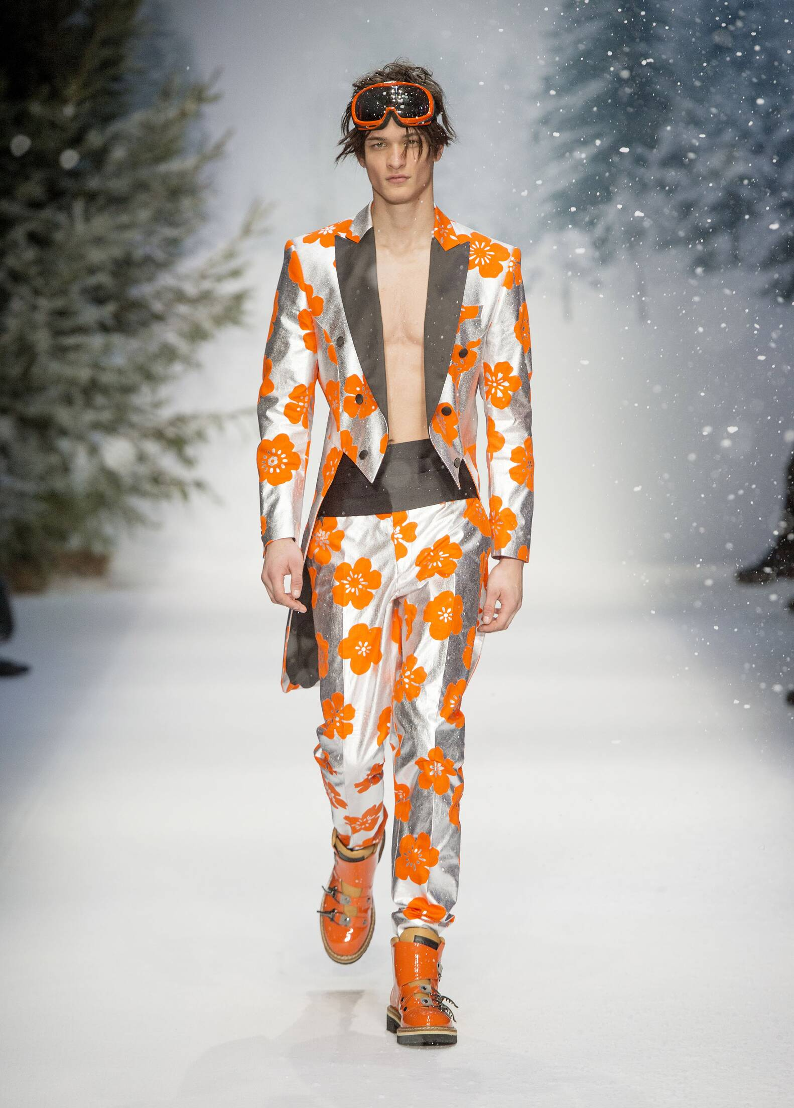 2015 Moschino Fall Winter