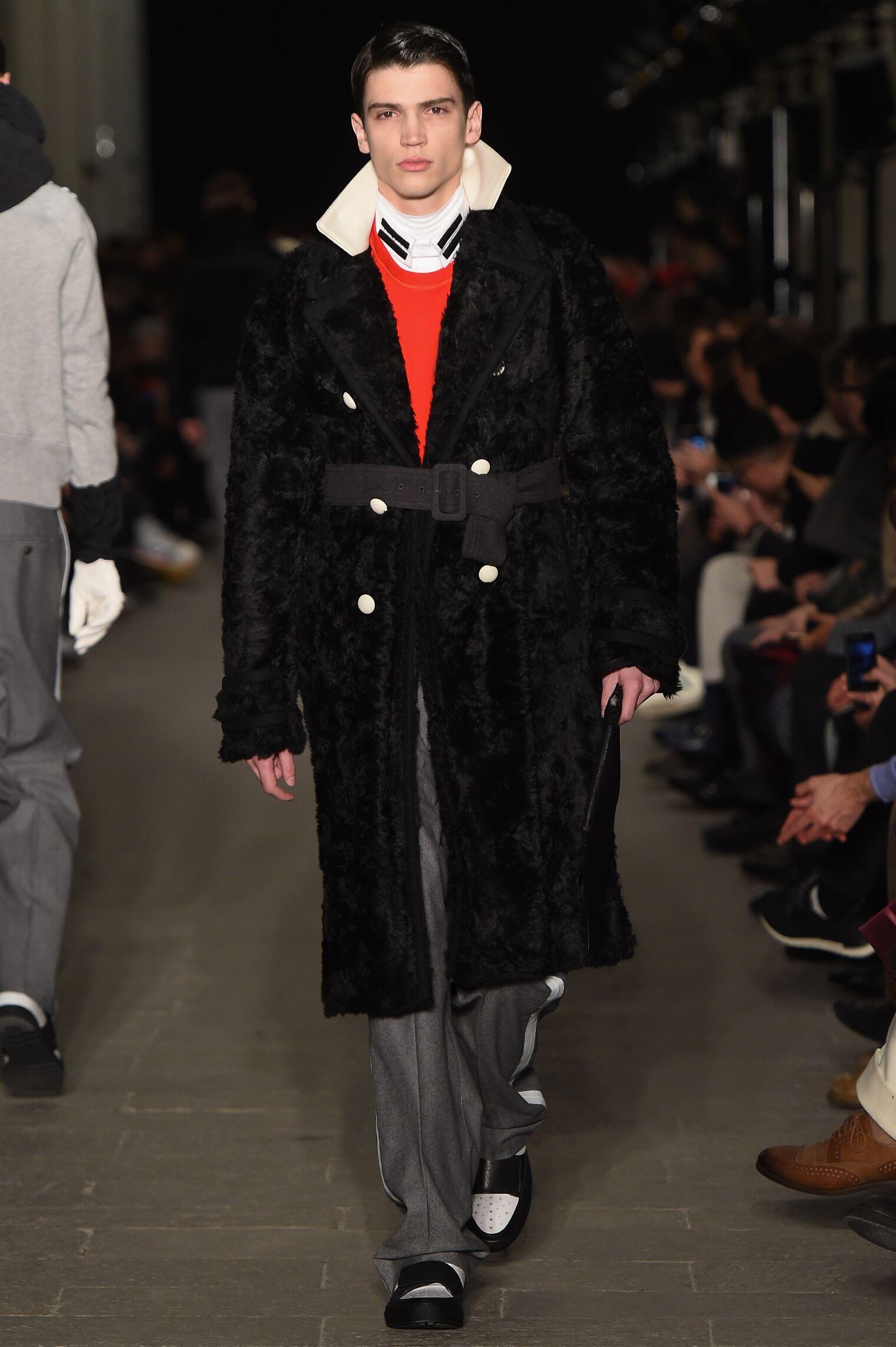 Andrea Pompilio Fashion Trends