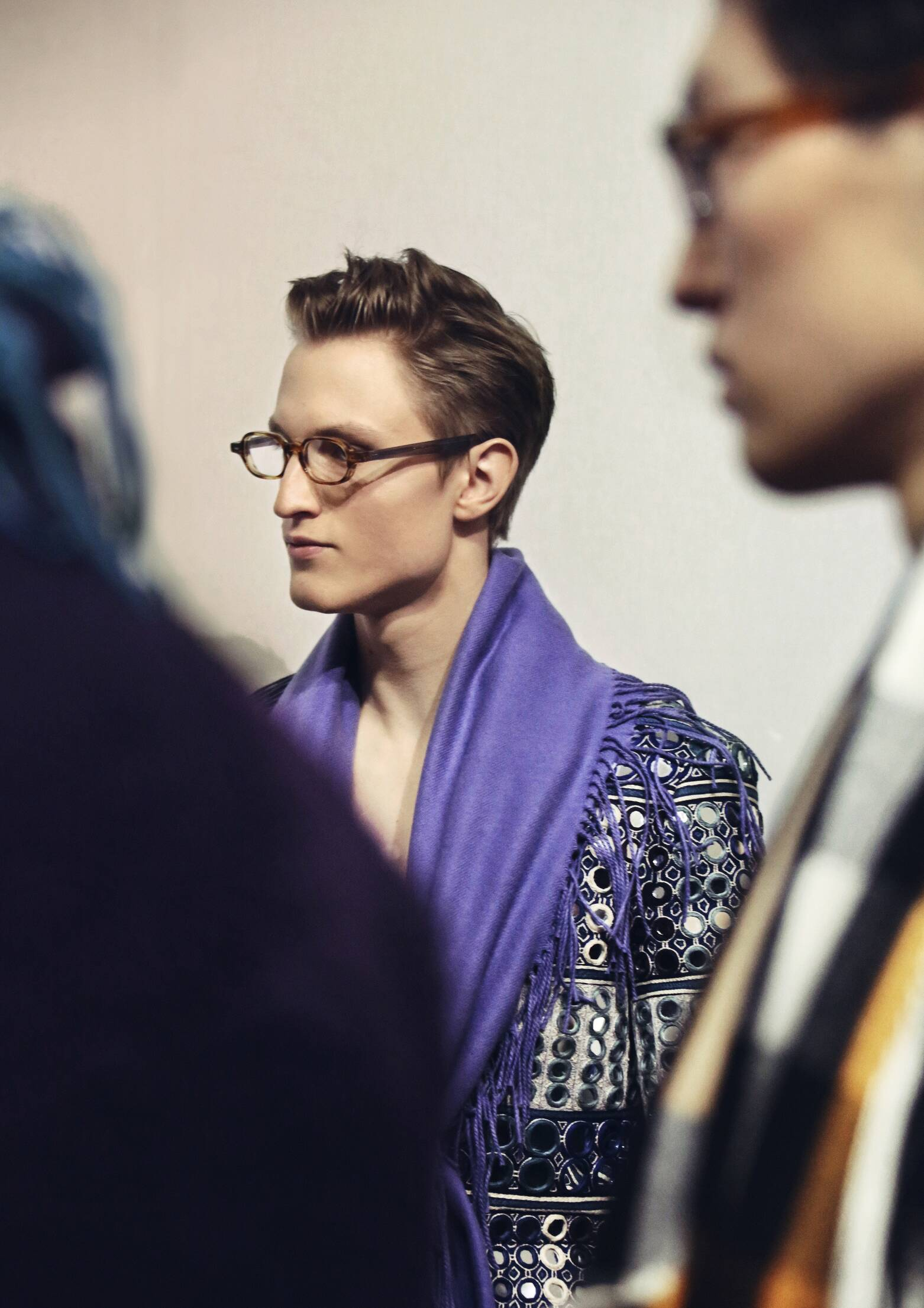 Backstage Burberry Prorsum Model Menswear Trends