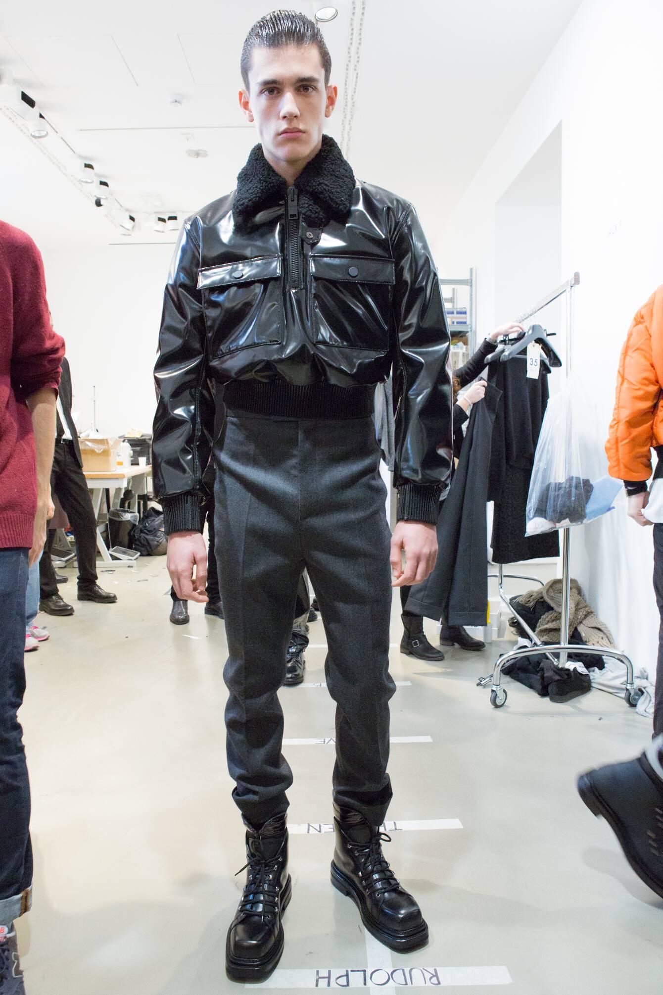 Backstage Man Model Calvin Klein Collection Winter 2015