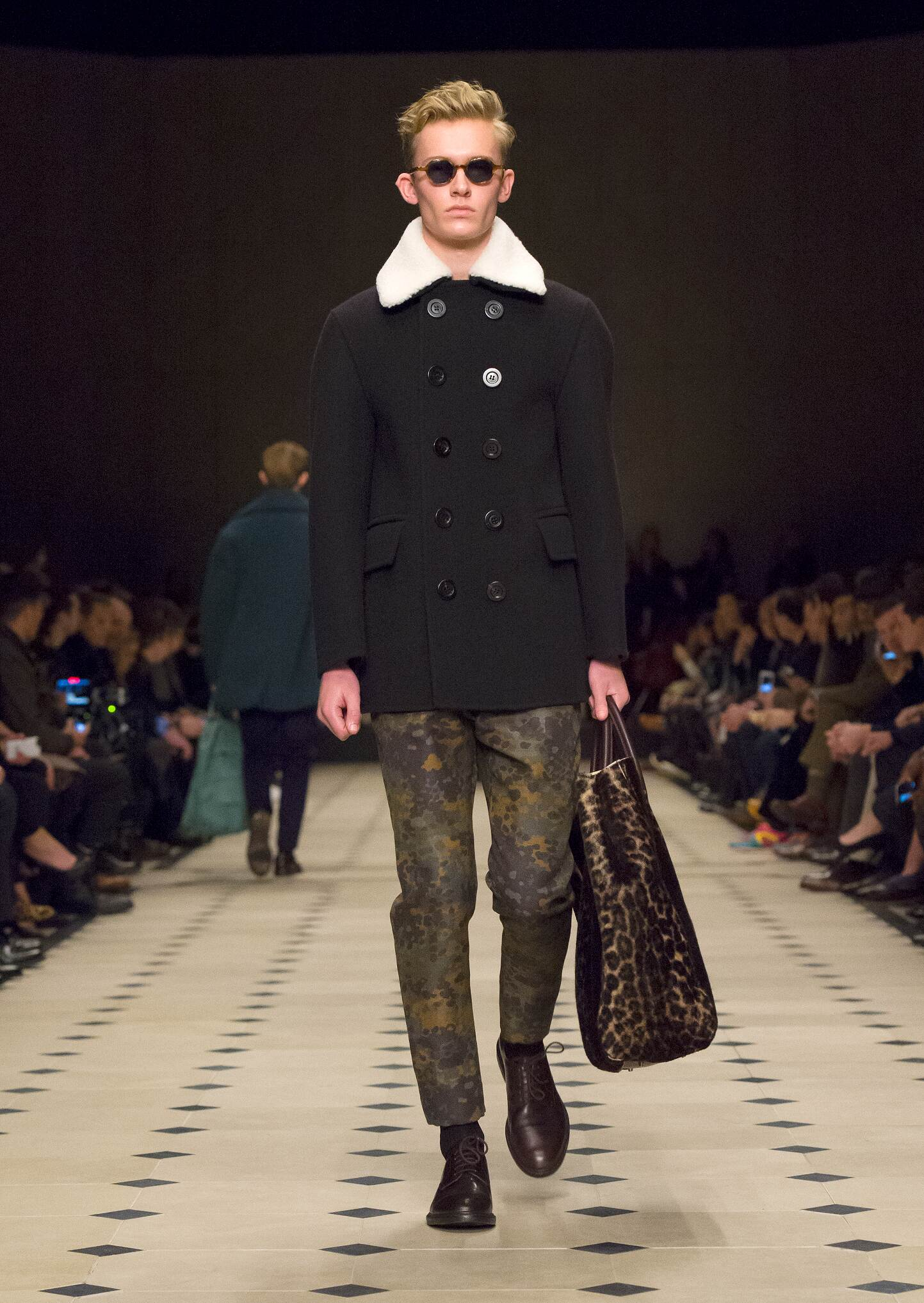 Burberry Prorsum Winter 2015 Catwalk