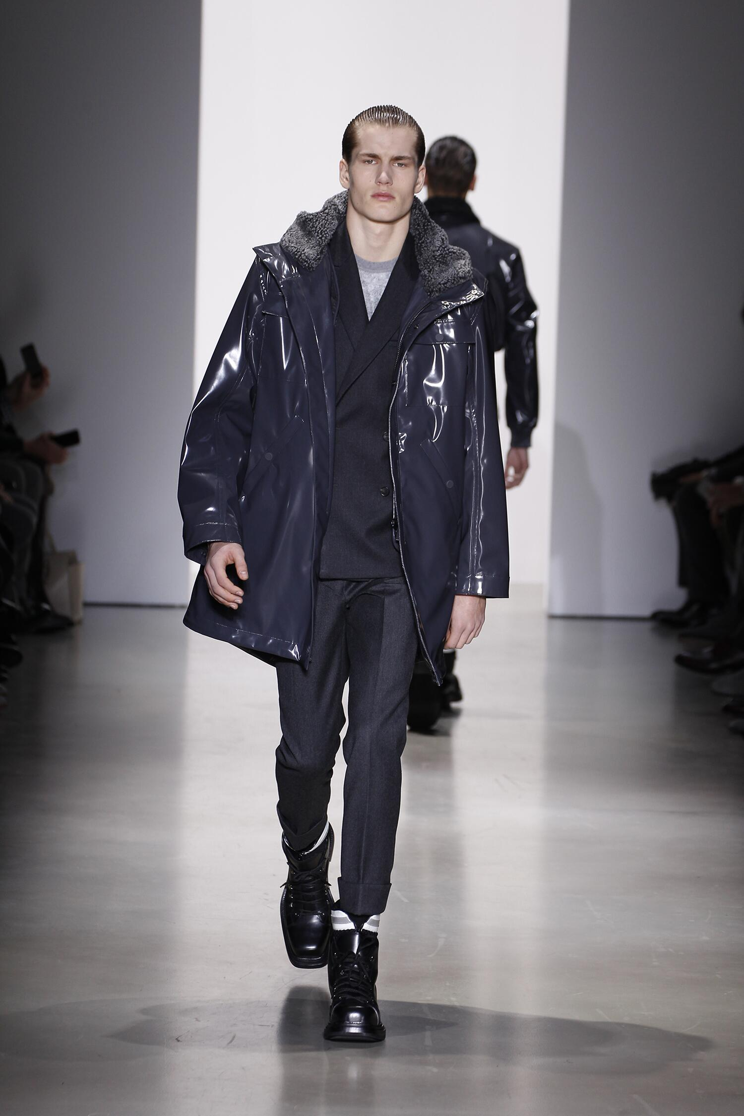 Catwalk Calvin Klein Fall Winter 2015 16 Men's Collection Milano Fashion Week