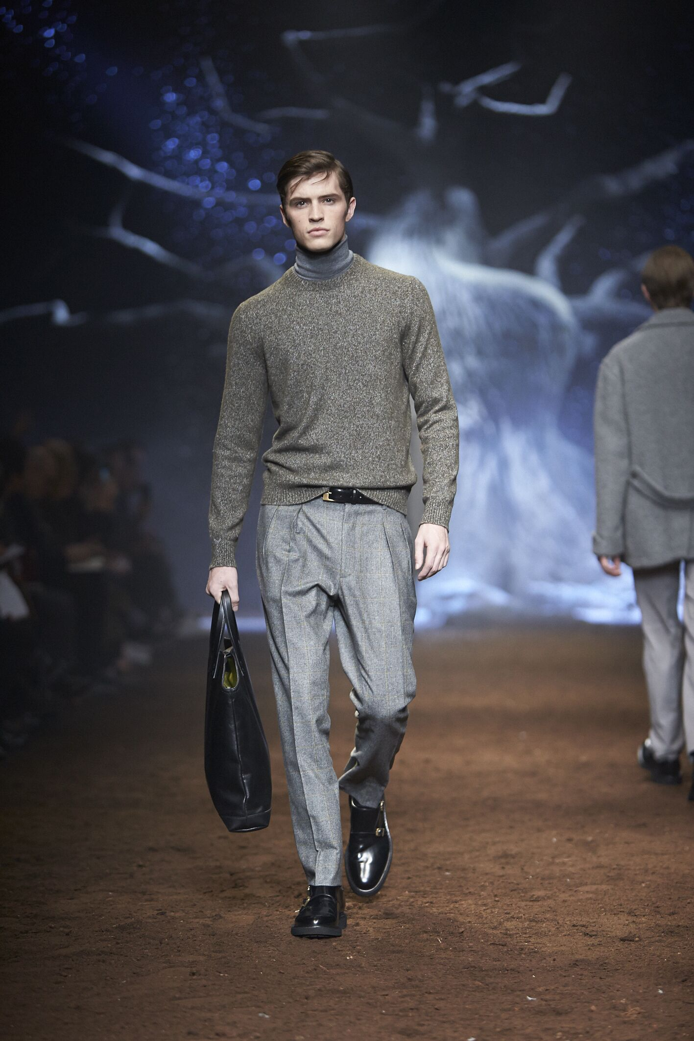 Catwalk Corneliani Fashion Show Winter 2015