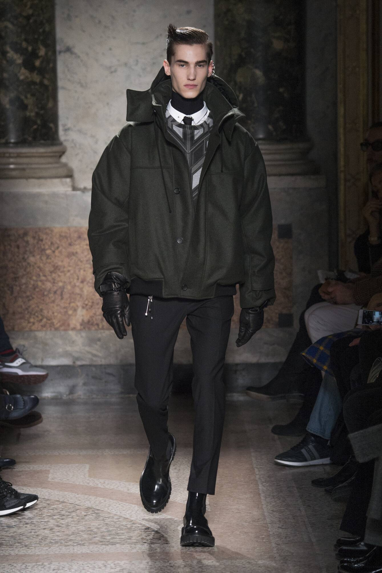 Catwalk Les Hommes Fall Winter 2015 16 Men's Collection Milano Fashion Week