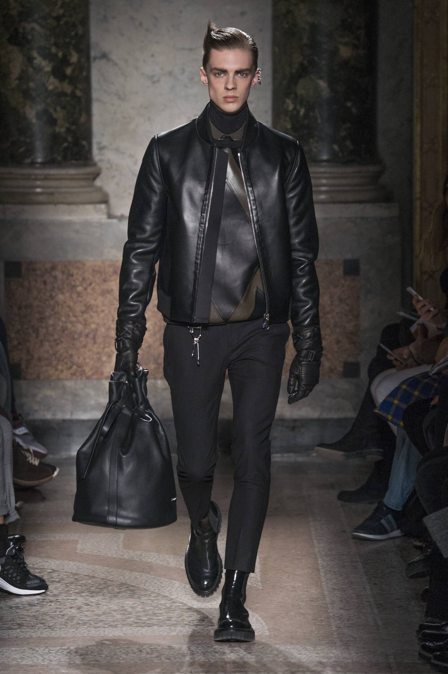 Catwalk Les Hommes Fashion Show Winter 2015