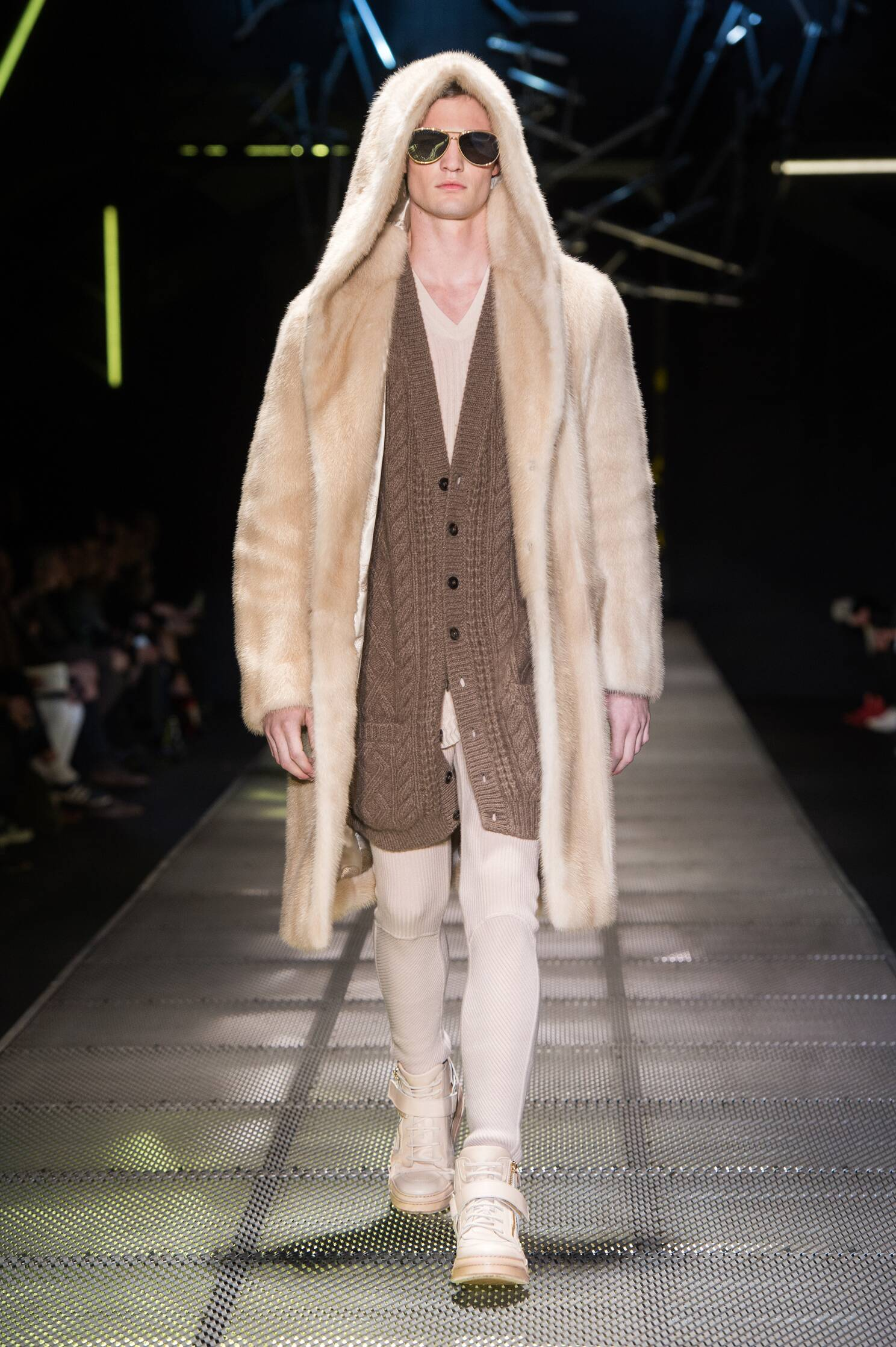 Catwalk Versace Winter 2015