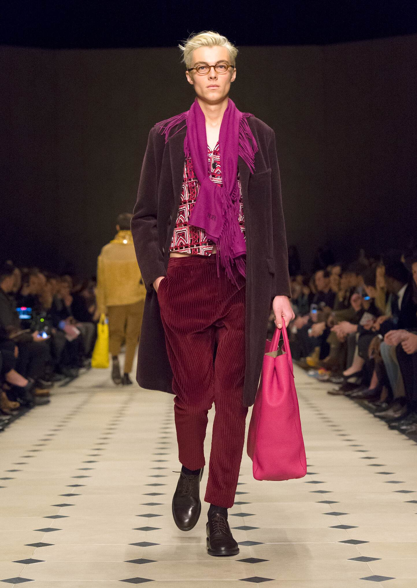 FW 2015 Burberry Prorsum Fashion Show