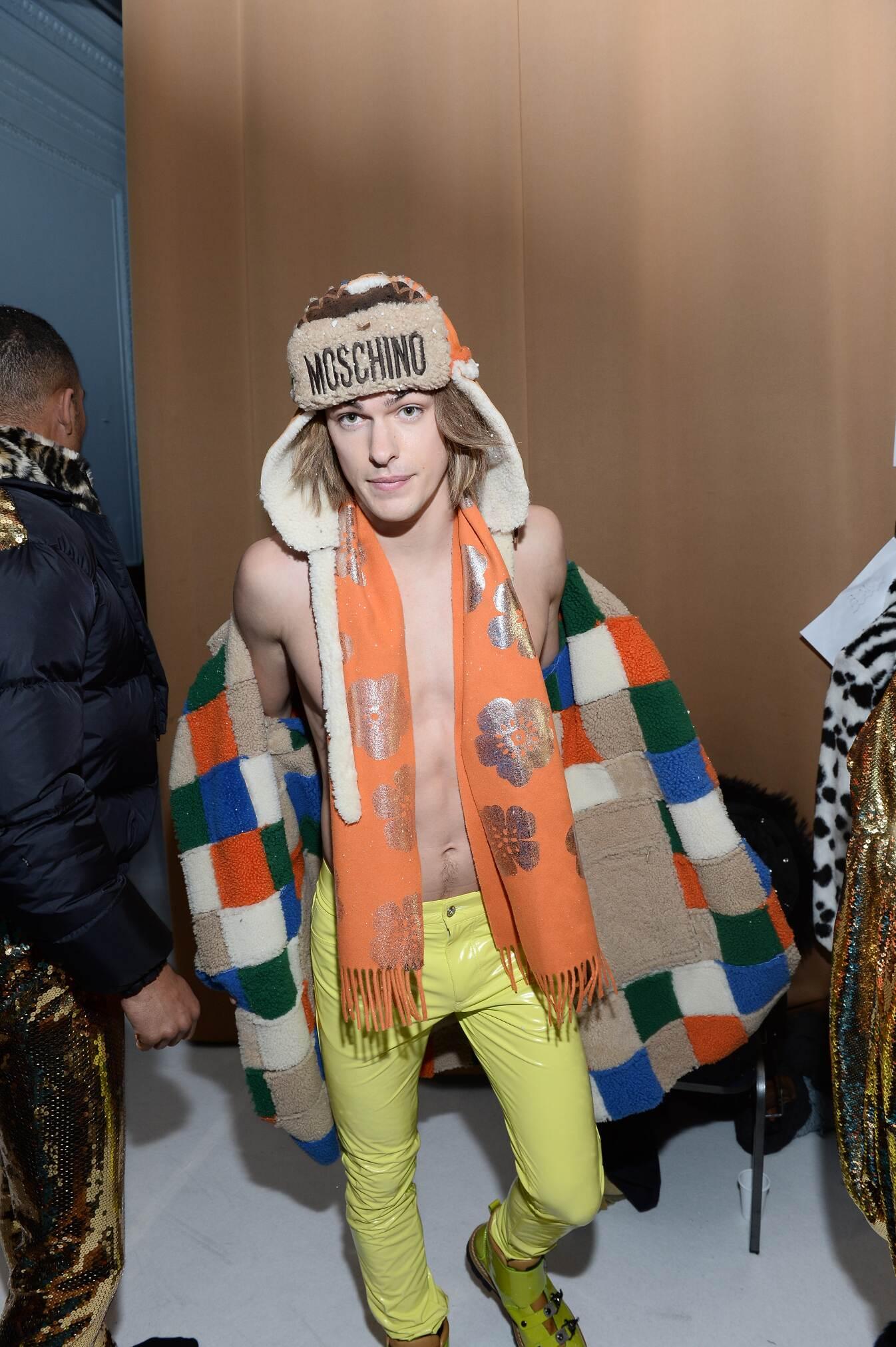 FW 2015 Moschino Fashion Backstage