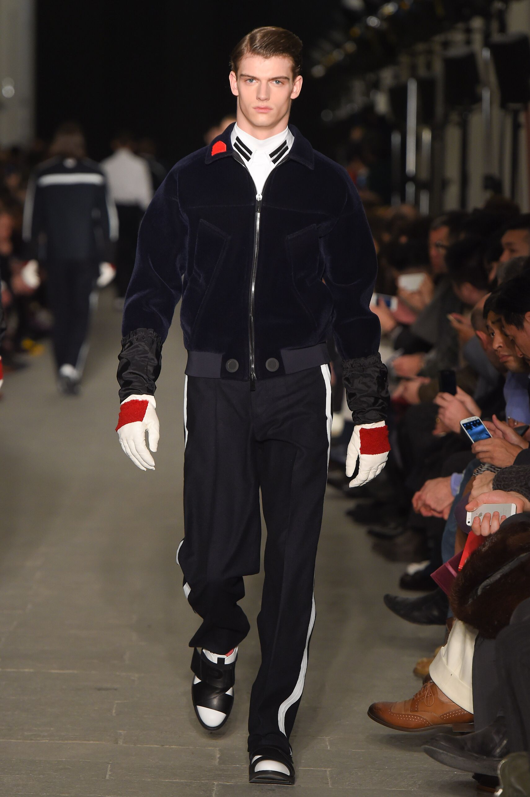 Fall 2015 Men Fashion Show Andrea Pompilio