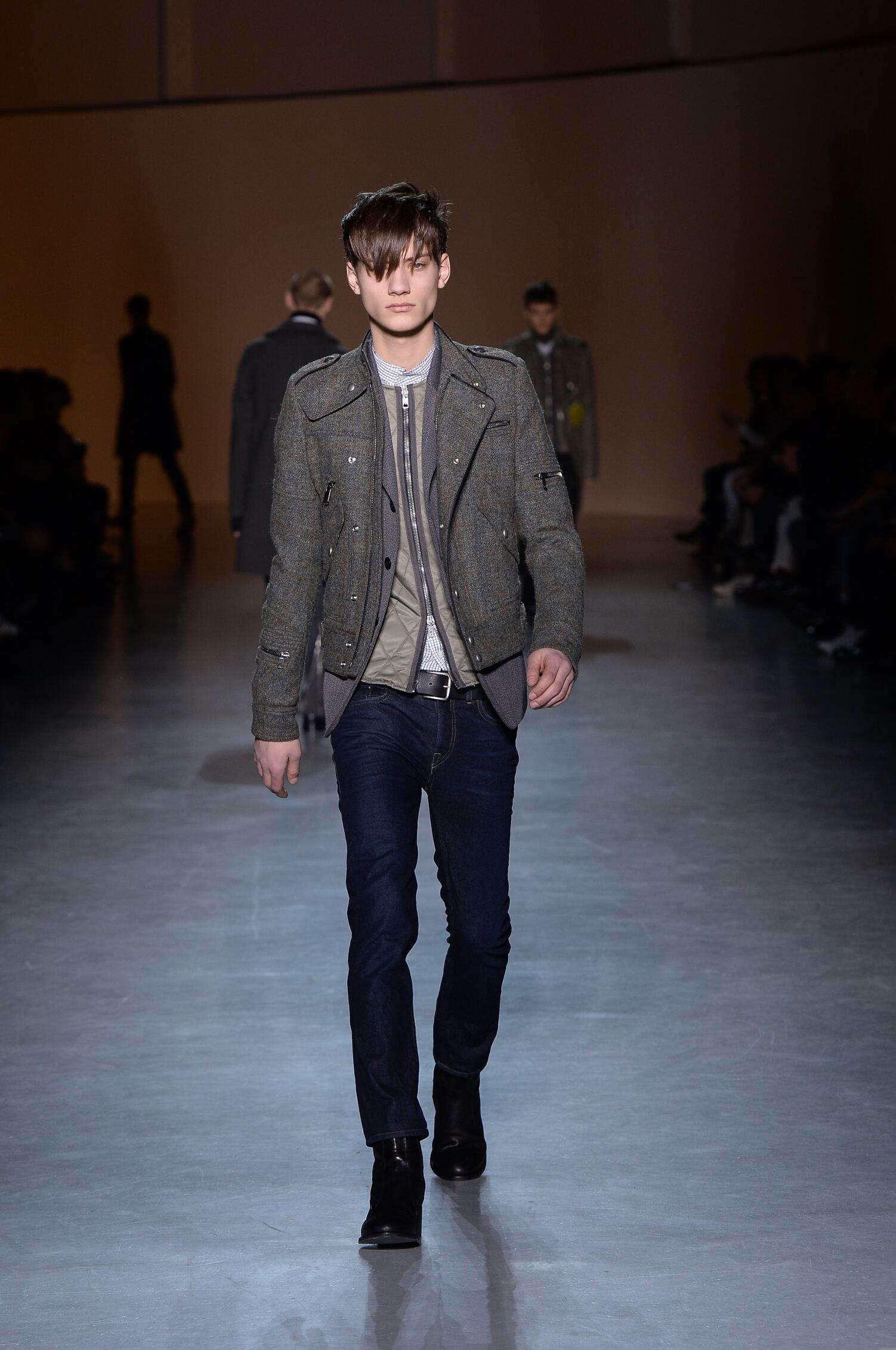 Fall 2015 Men Fashion Show Diesel Black Gold