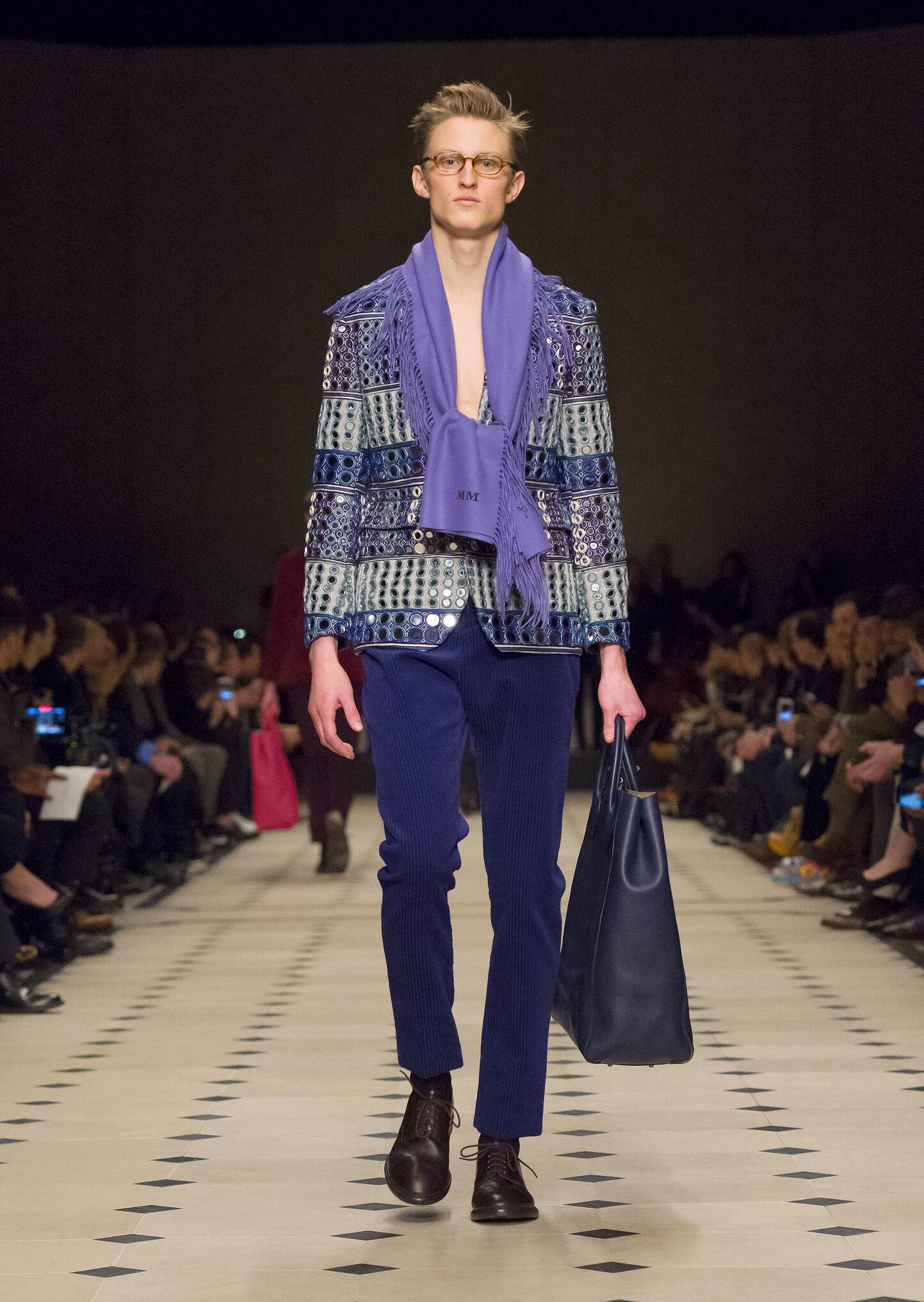 Fall 2016 Man Fashion Show Burberry Prorsum
